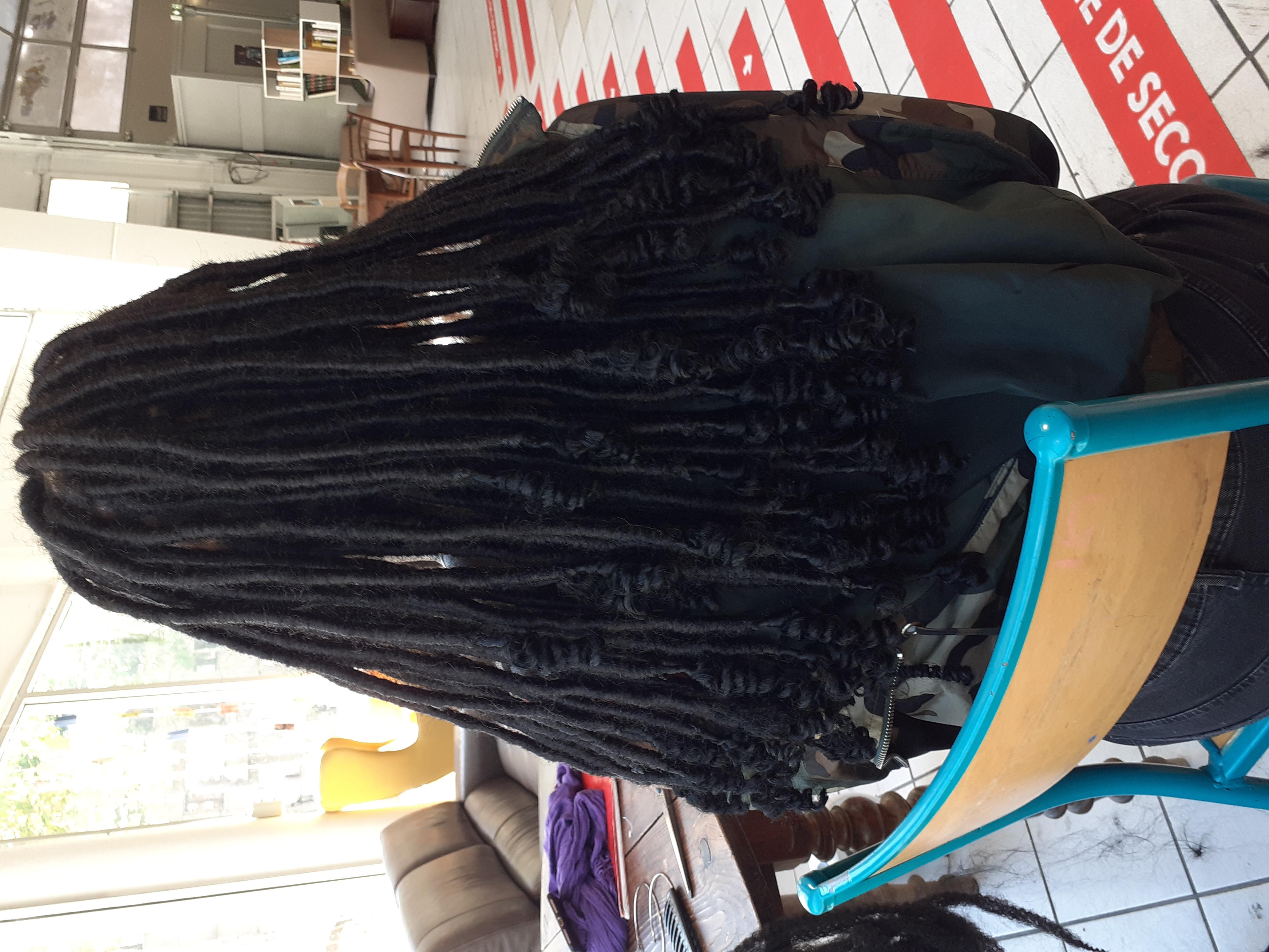 salon de coiffure afro tresse tresses box braids crochet braids vanilles tissages paris 75 77 78 91 92 93 94 95 YAOTLMJO