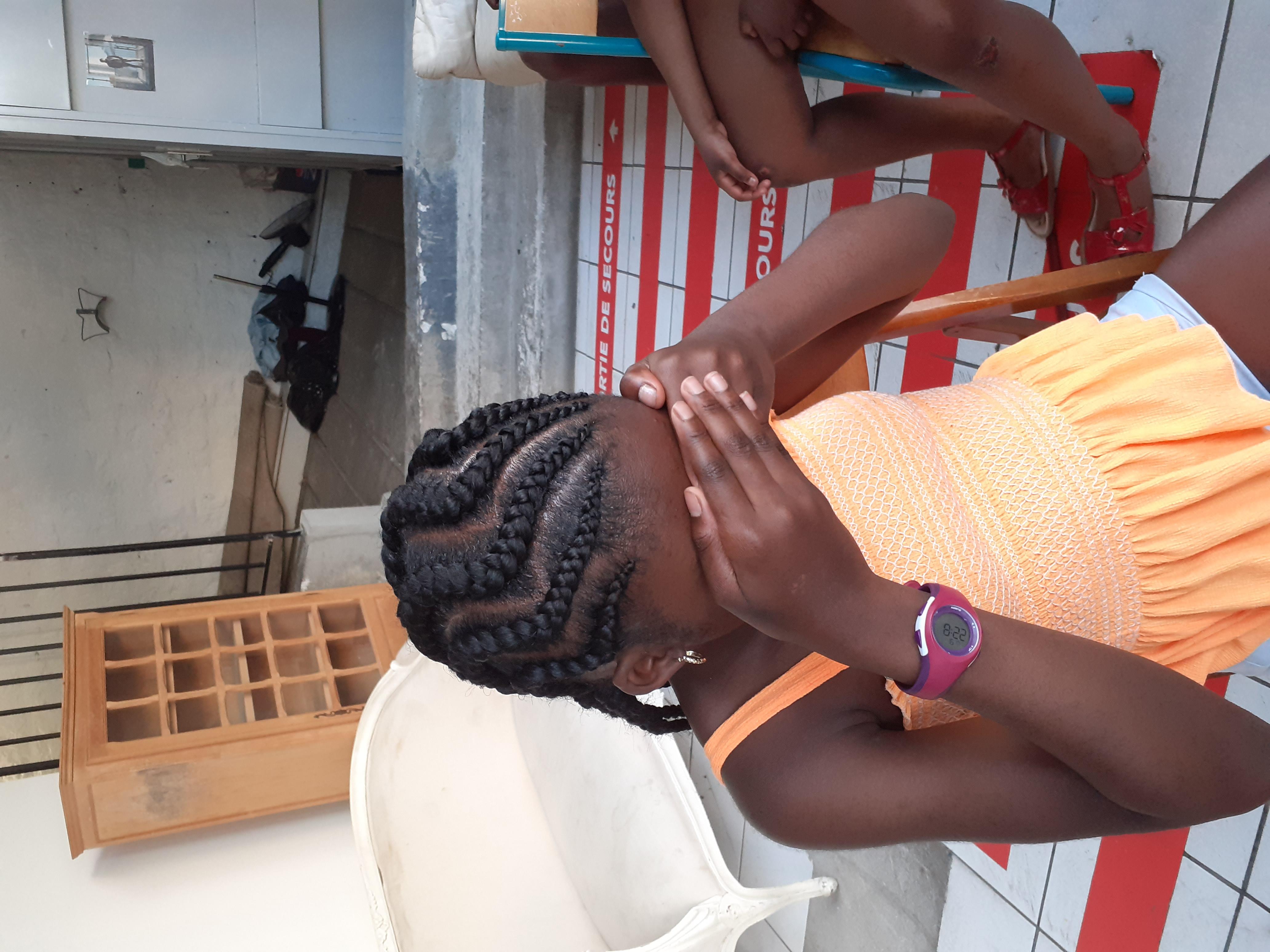 salon de coiffure afro tresse tresses box braids crochet braids vanilles tissages paris 75 77 78 91 92 93 94 95 MXNLBSEJ