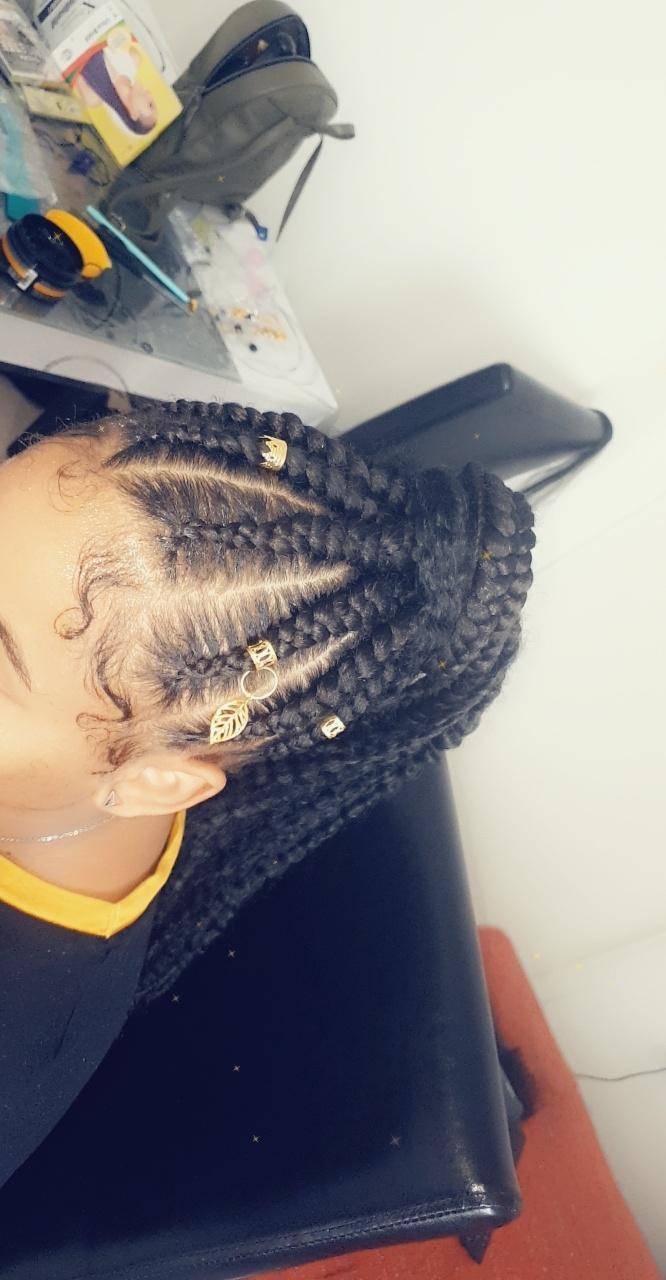 salon de coiffure afro tresse tresses box braids crochet braids vanilles tissages paris 75 77 78 91 92 93 94 95 CKPGFQTI