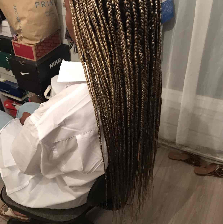 salon de coiffure afro tresse tresses box braids crochet braids vanilles tissages paris 75 77 78 91 92 93 94 95 PMJLMILY