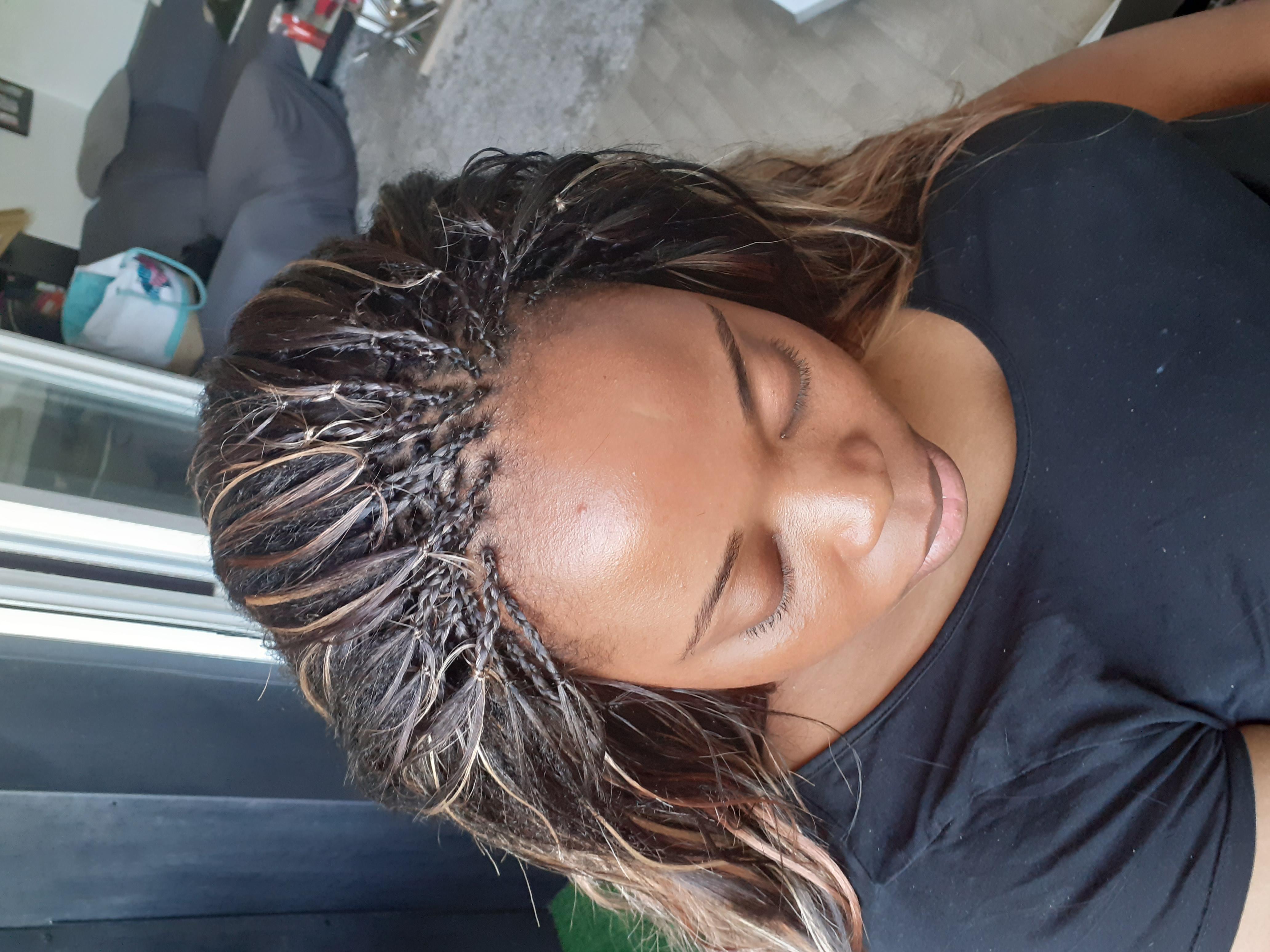salon de coiffure afro tresse tresses box braids crochet braids vanilles tissages paris 75 77 78 91 92 93 94 95 AYDTEQWL
