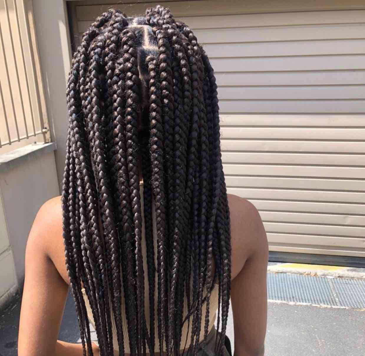salon de coiffure afro tresse tresses box braids crochet braids vanilles tissages paris 75 77 78 91 92 93 94 95 AEWDDSXE