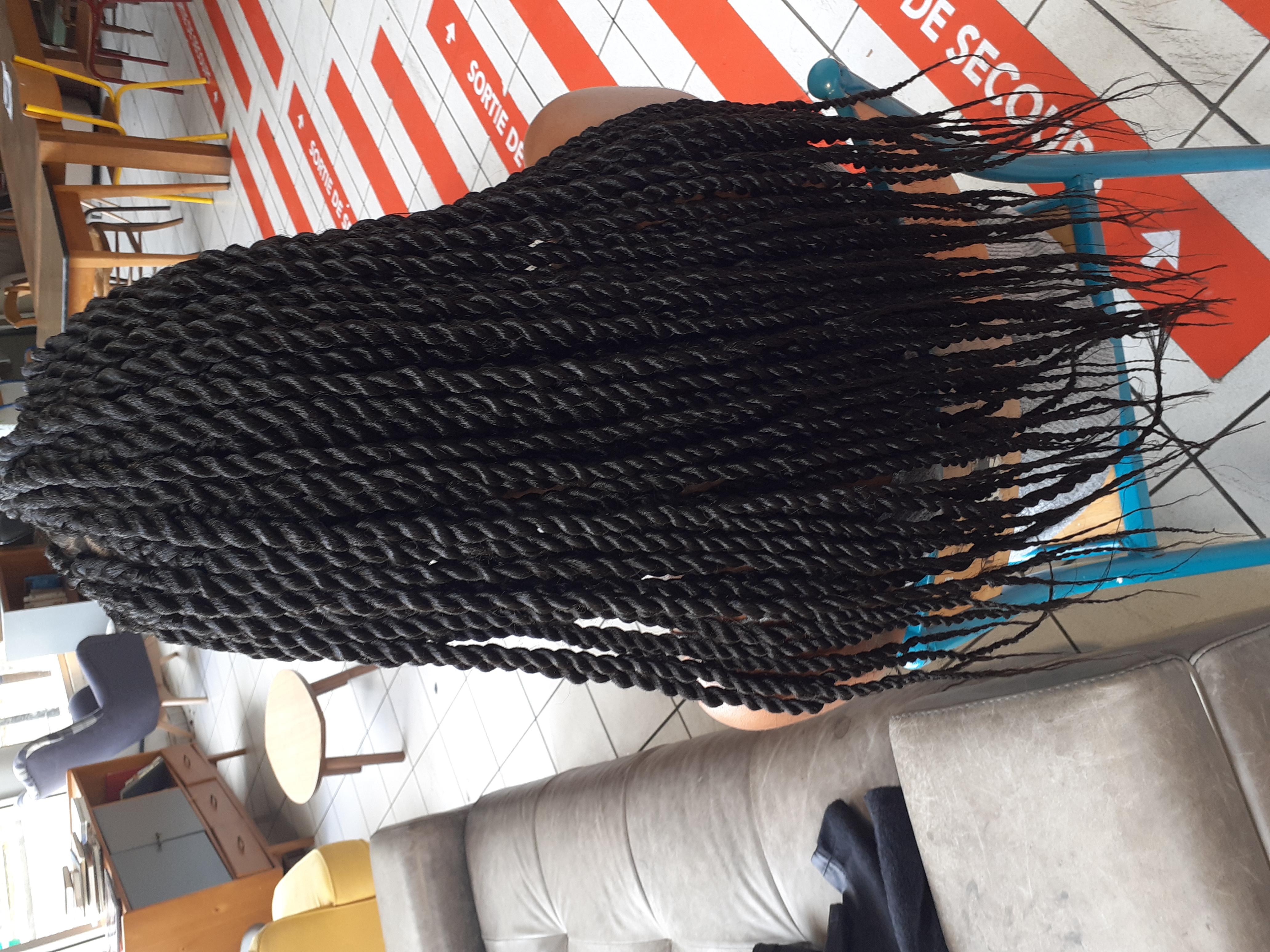 salon de coiffure afro tresse tresses box braids crochet braids vanilles tissages paris 75 77 78 91 92 93 94 95 HLXNAKDG
