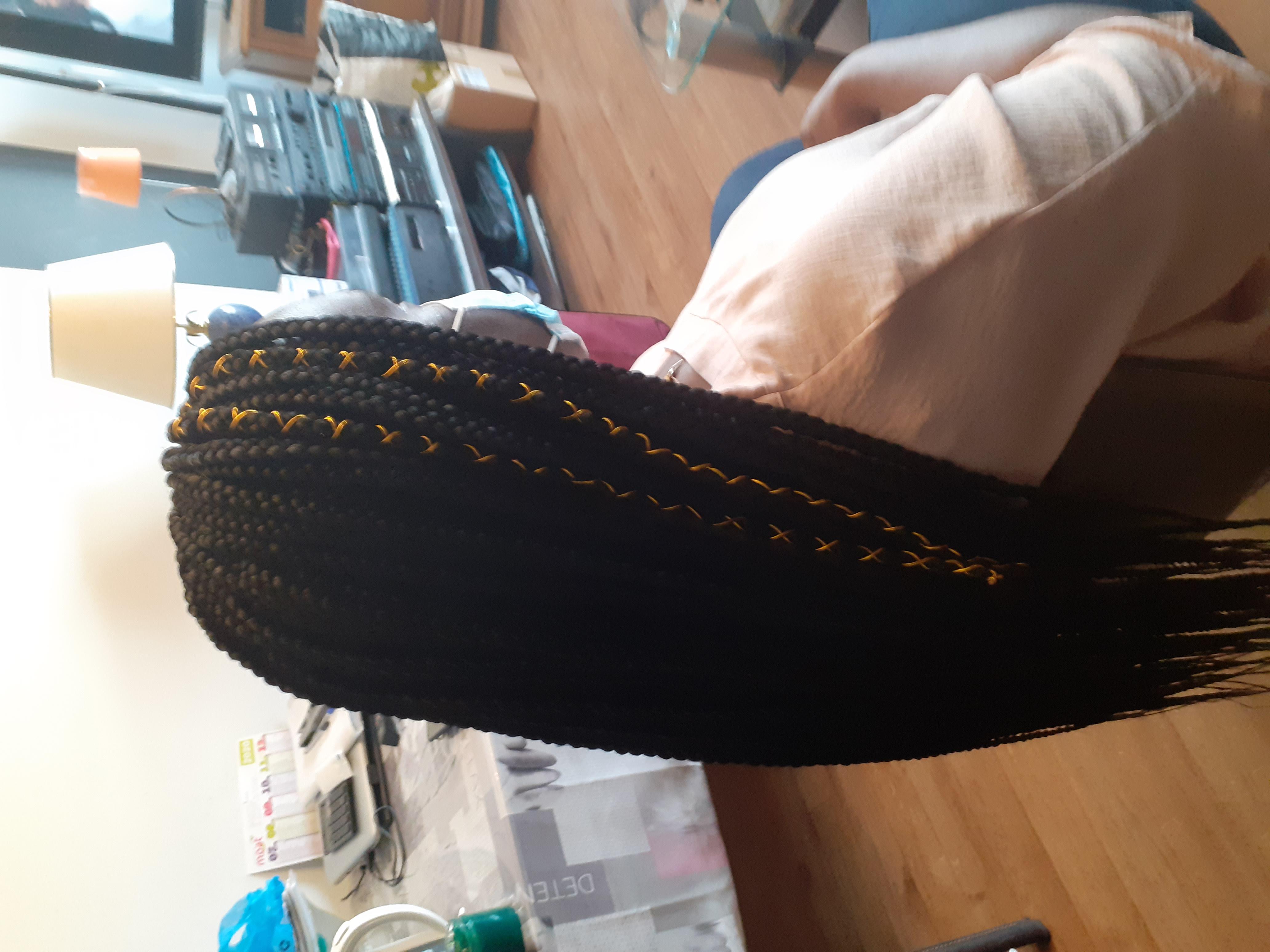 salon de coiffure afro tresse tresses box braids crochet braids vanilles tissages paris 75 77 78 91 92 93 94 95 NOSFPAVP