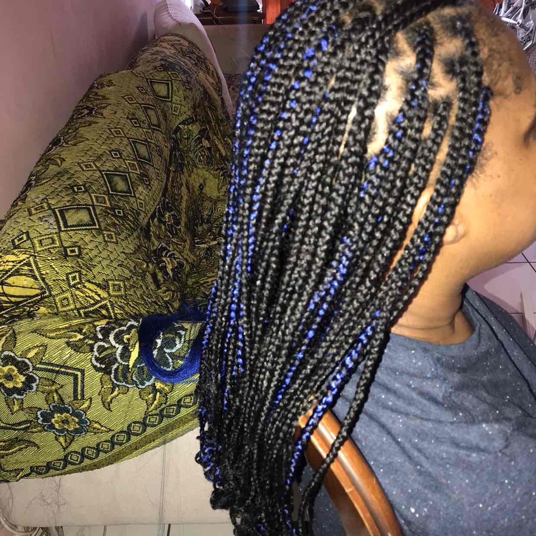 salon de coiffure afro tresse tresses box braids crochet braids vanilles tissages paris 75 77 78 91 92 93 94 95 LZMHVFBI