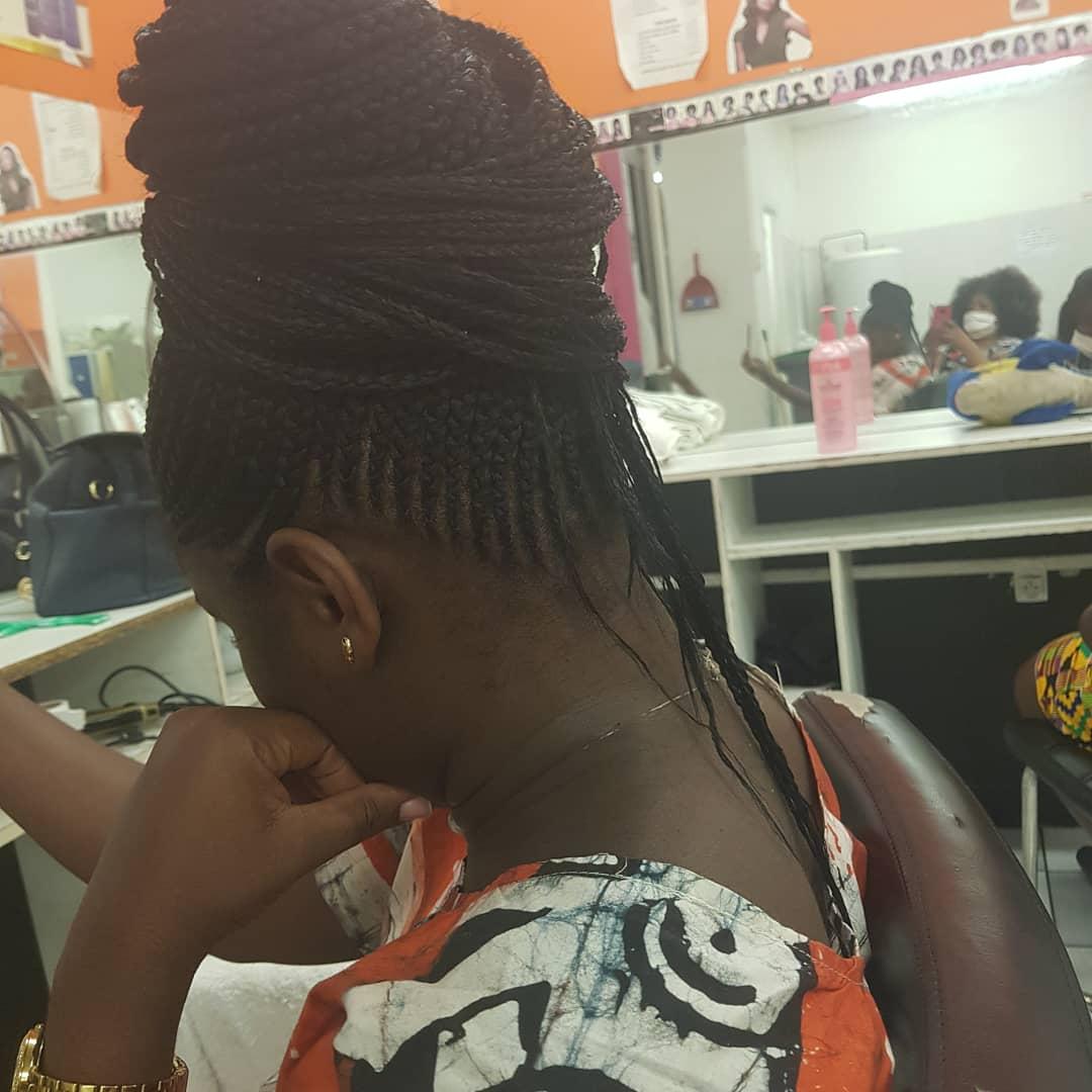 salon de coiffure afro tresse tresses box braids crochet braids vanilles tissages paris 75 77 78 91 92 93 94 95 VTMHSQHV