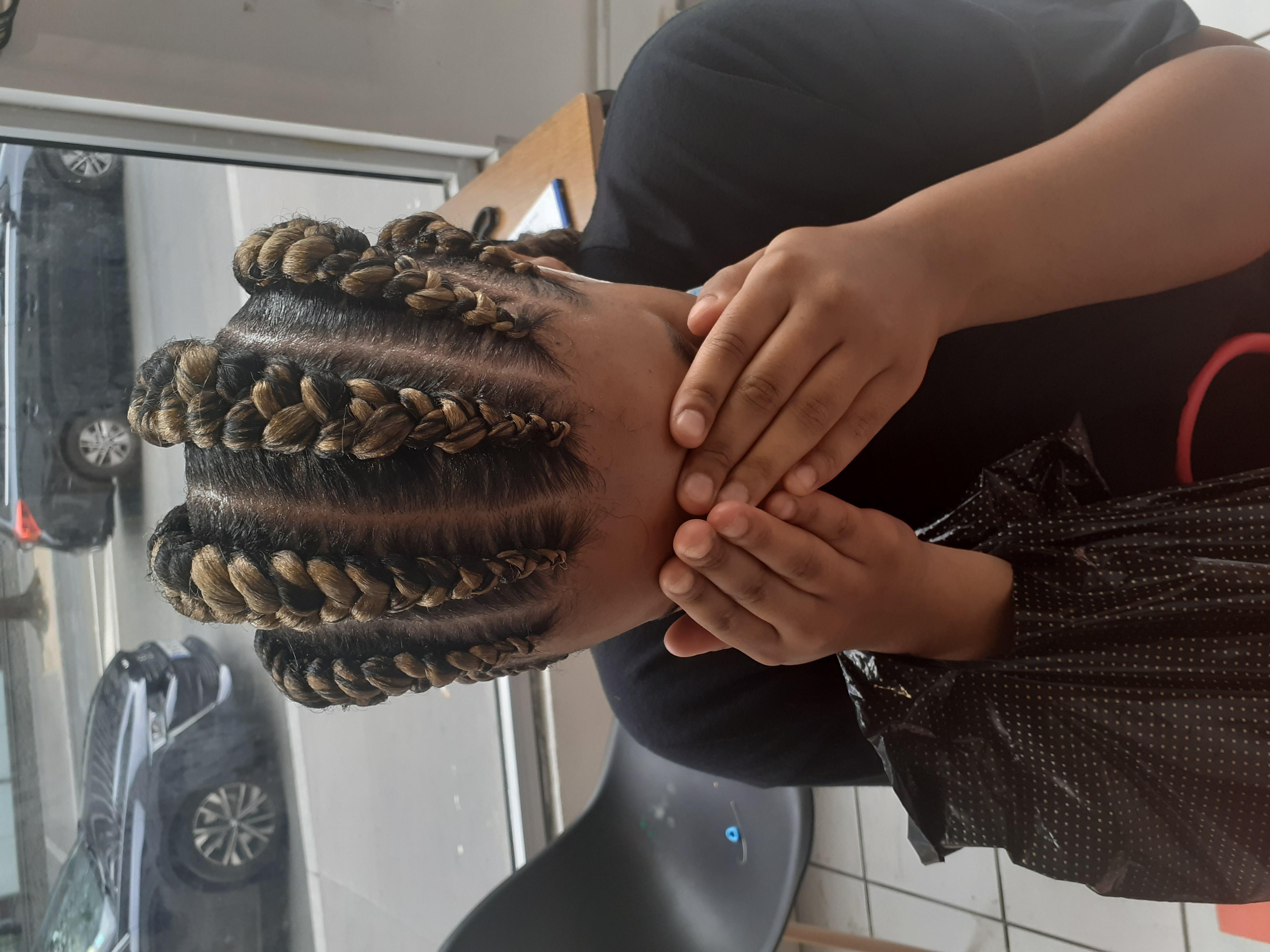 salon de coiffure afro tresse tresses box braids crochet braids vanilles tissages paris 75 77 78 91 92 93 94 95 KRKRLDYJ