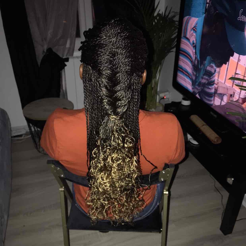 salon de coiffure afro tresse tresses box braids crochet braids vanilles tissages paris 75 77 78 91 92 93 94 95 TCKWJYBM
