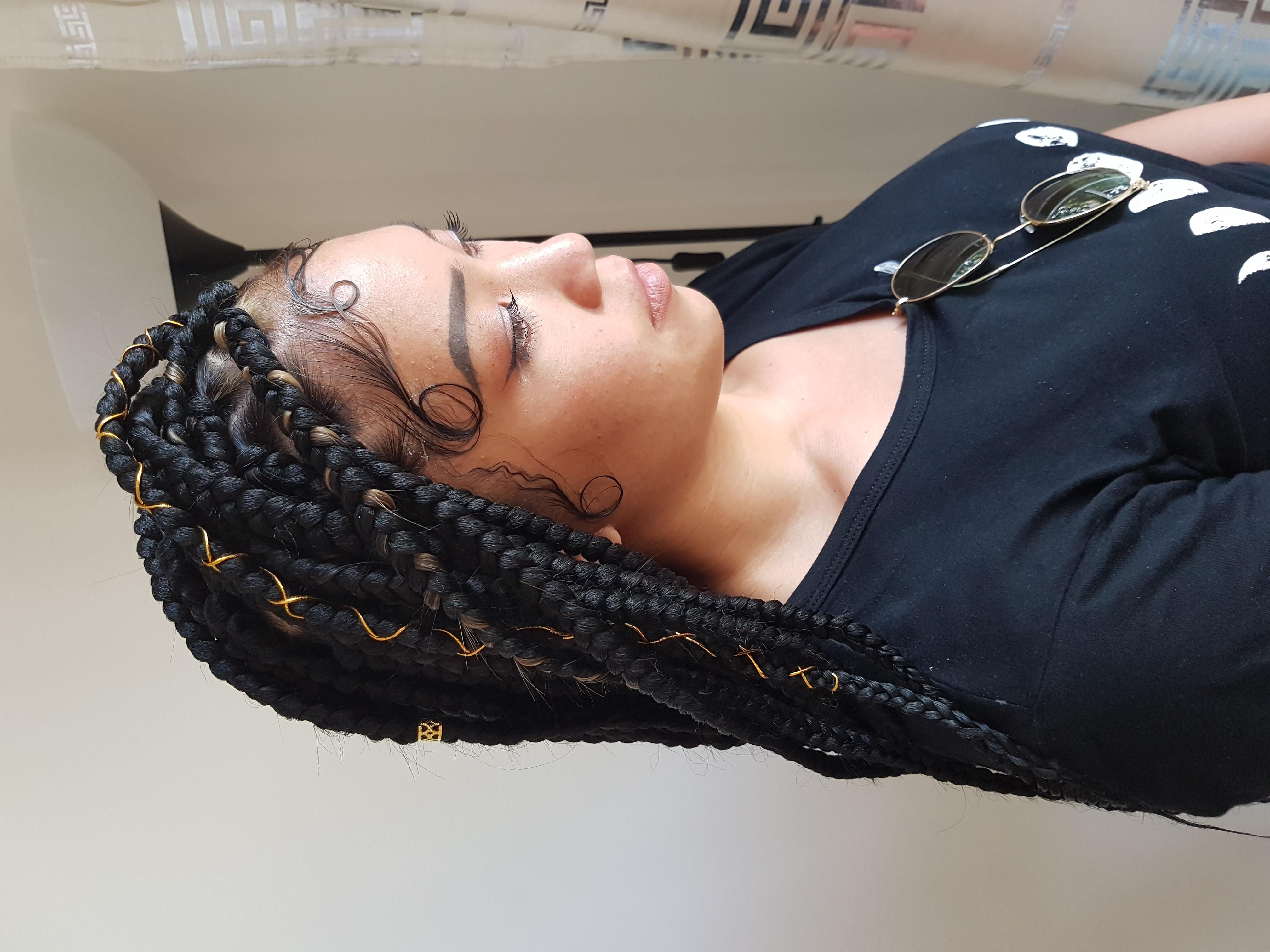 salon de coiffure afro tresse tresses box braids crochet braids vanilles tissages paris 75 77 78 91 92 93 94 95 UAKFTLNU