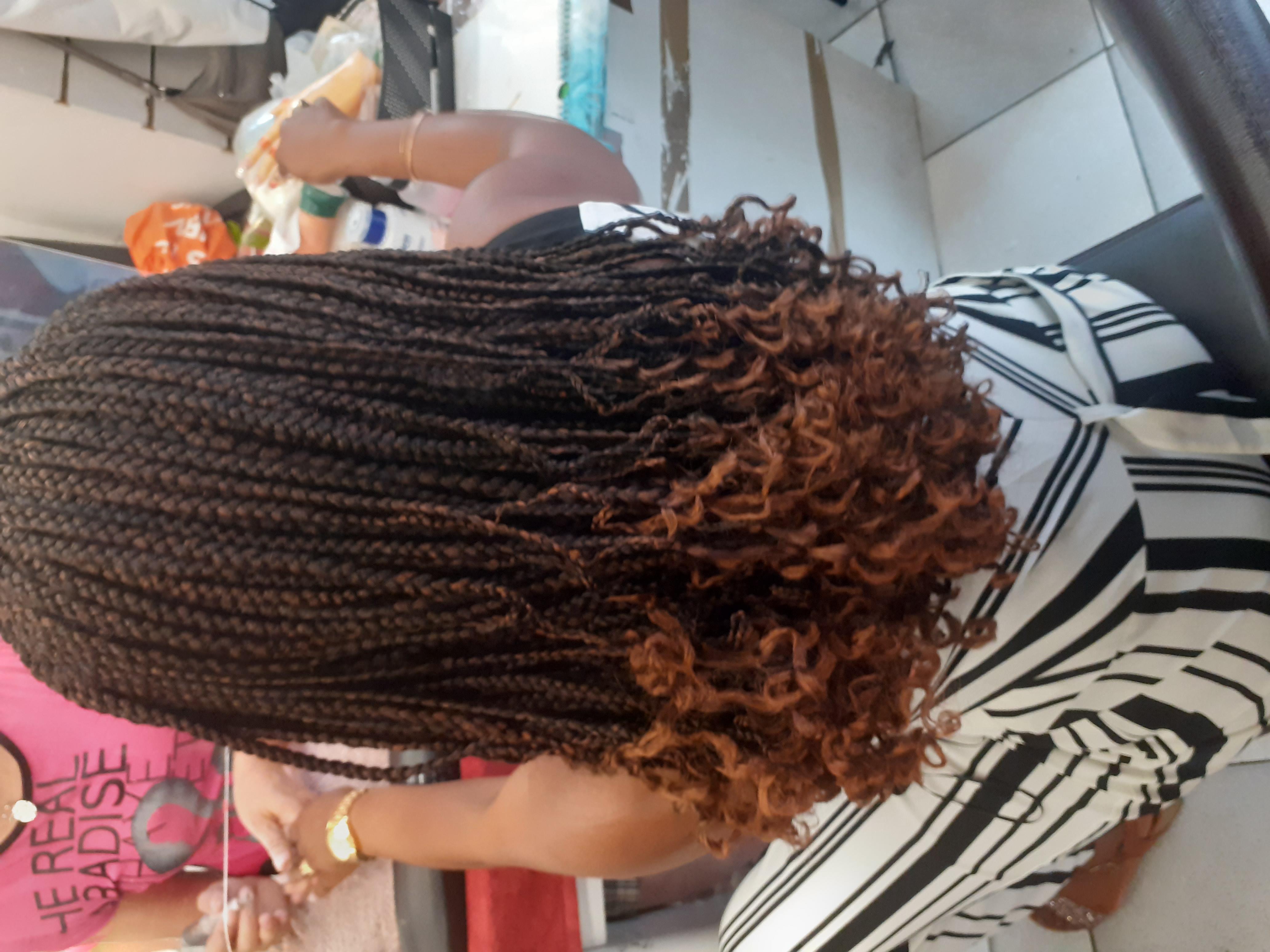 salon de coiffure afro tresse tresses box braids crochet braids vanilles tissages paris 75 77 78 91 92 93 94 95 KDBZOOIW