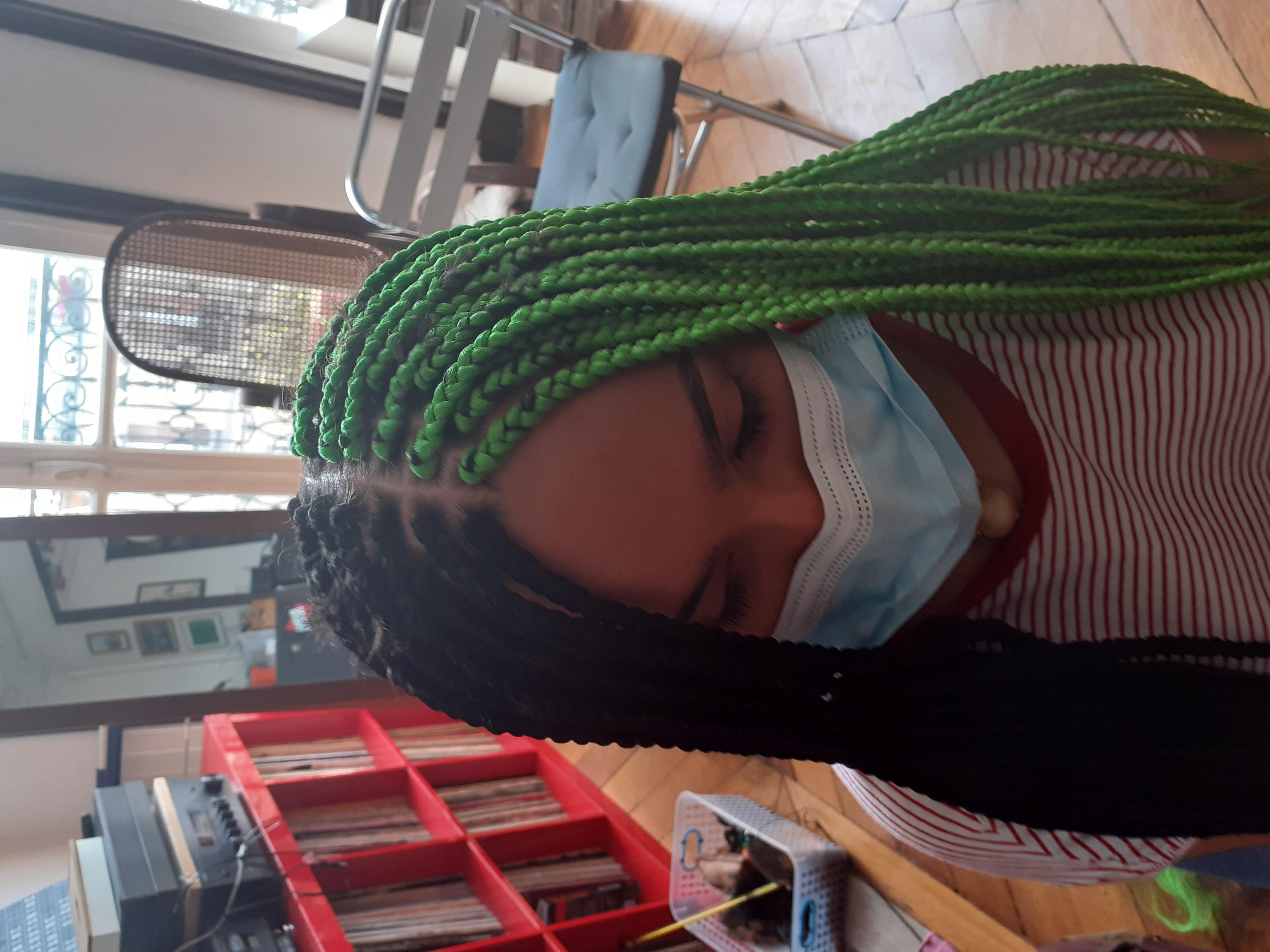salon de coiffure afro tresse tresses box braids crochet braids vanilles tissages paris 75 77 78 91 92 93 94 95 ADAXJPZF