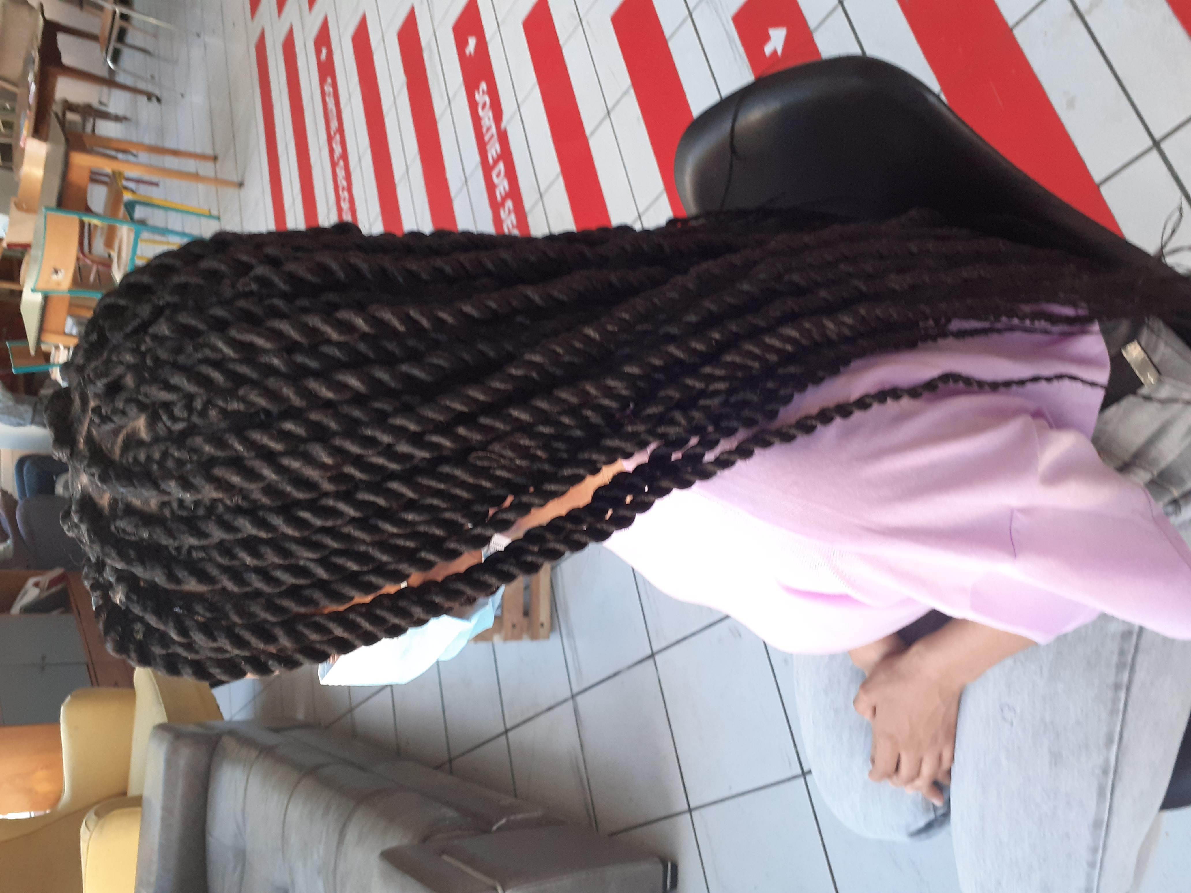 salon de coiffure afro tresse tresses box braids crochet braids vanilles tissages paris 75 77 78 91 92 93 94 95 VTLYJNBV