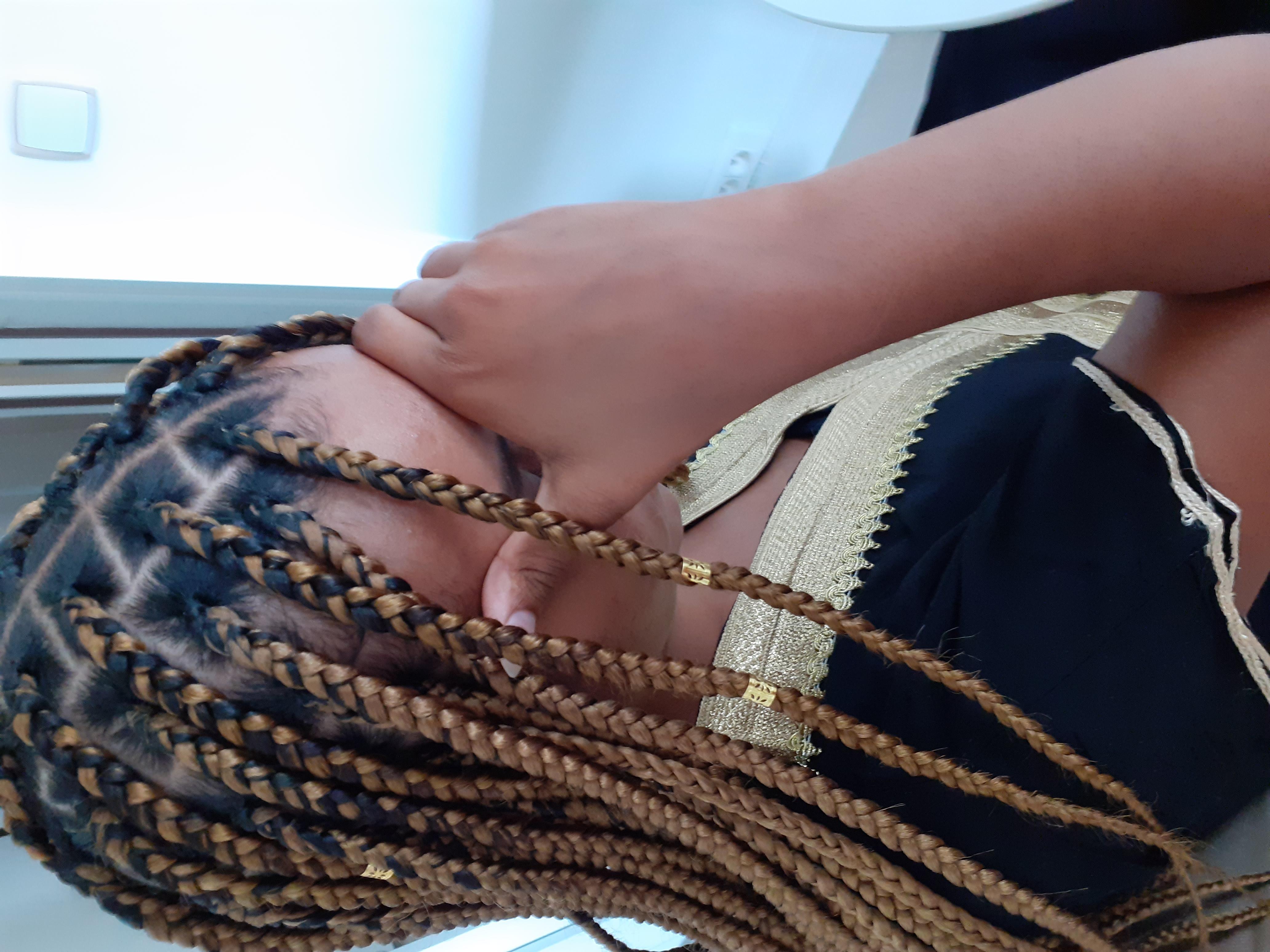 salon de coiffure afro tresse tresses box braids crochet braids vanilles tissages paris 75 77 78 91 92 93 94 95 EKGWKGFJ