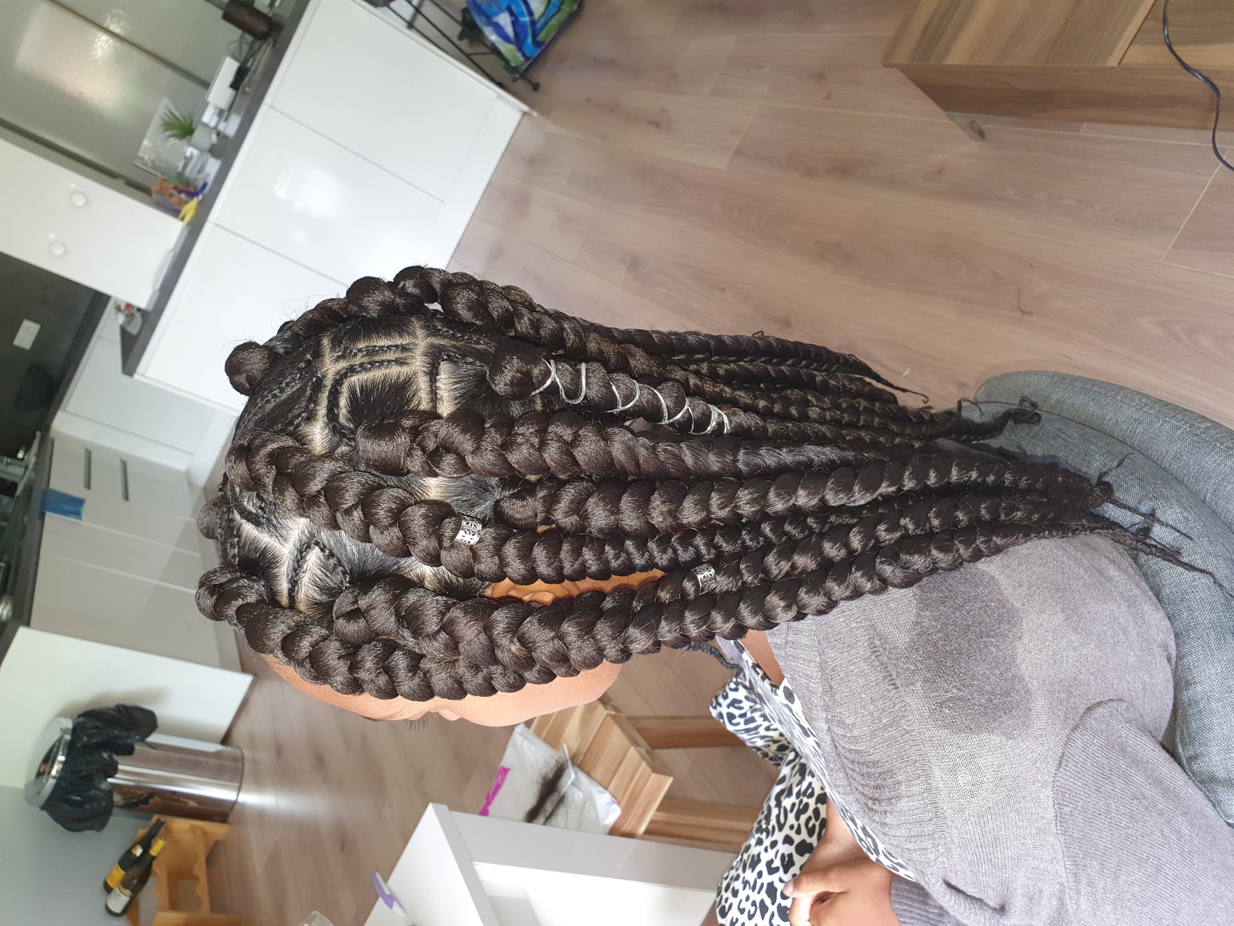 salon de coiffure afro tresse tresses box braids crochet braids vanilles tissages paris 75 77 78 91 92 93 94 95 SLUDGVOT