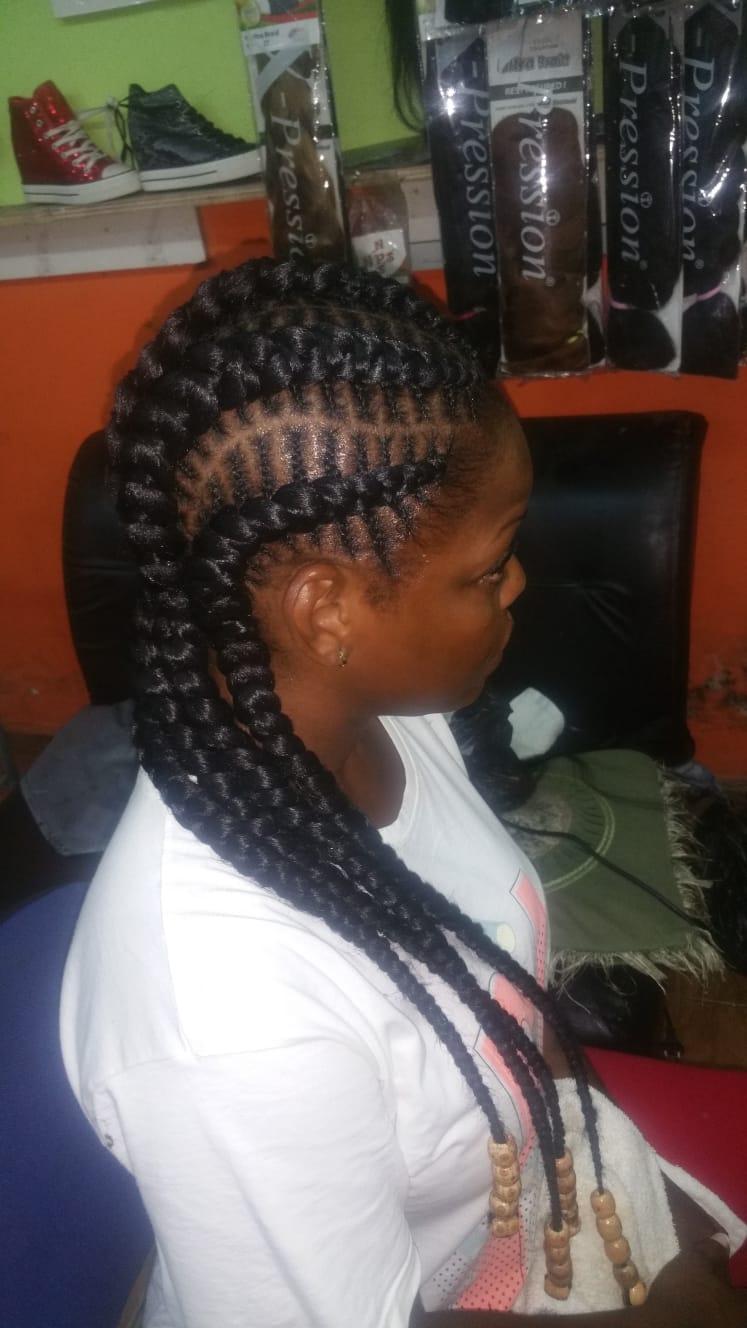 salon de coiffure afro tresse tresses box braids crochet braids vanilles tissages paris 75 77 78 91 92 93 94 95 TYSKUFGE