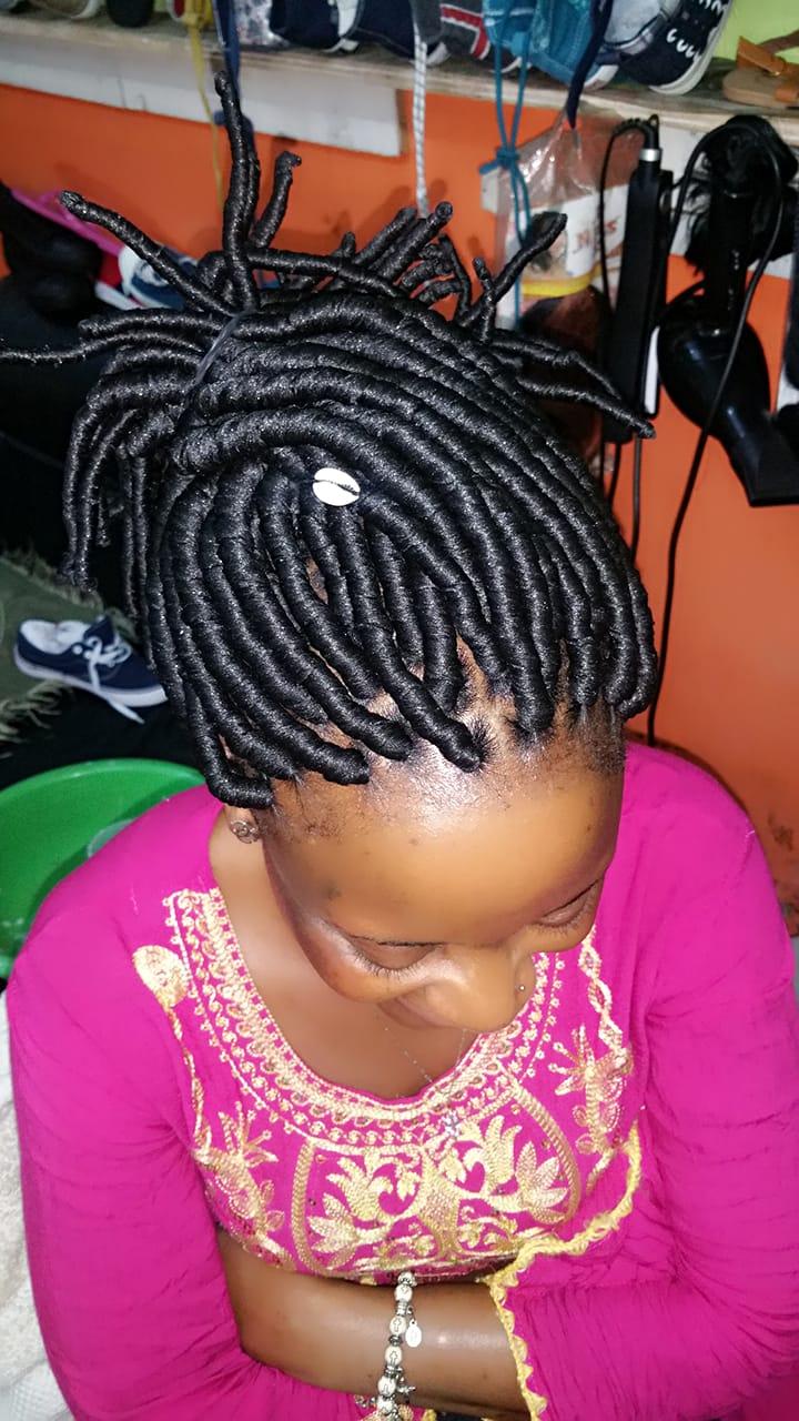 salon de coiffure afro tresse tresses box braids crochet braids vanilles tissages paris 75 77 78 91 92 93 94 95 UOXFOOHC
