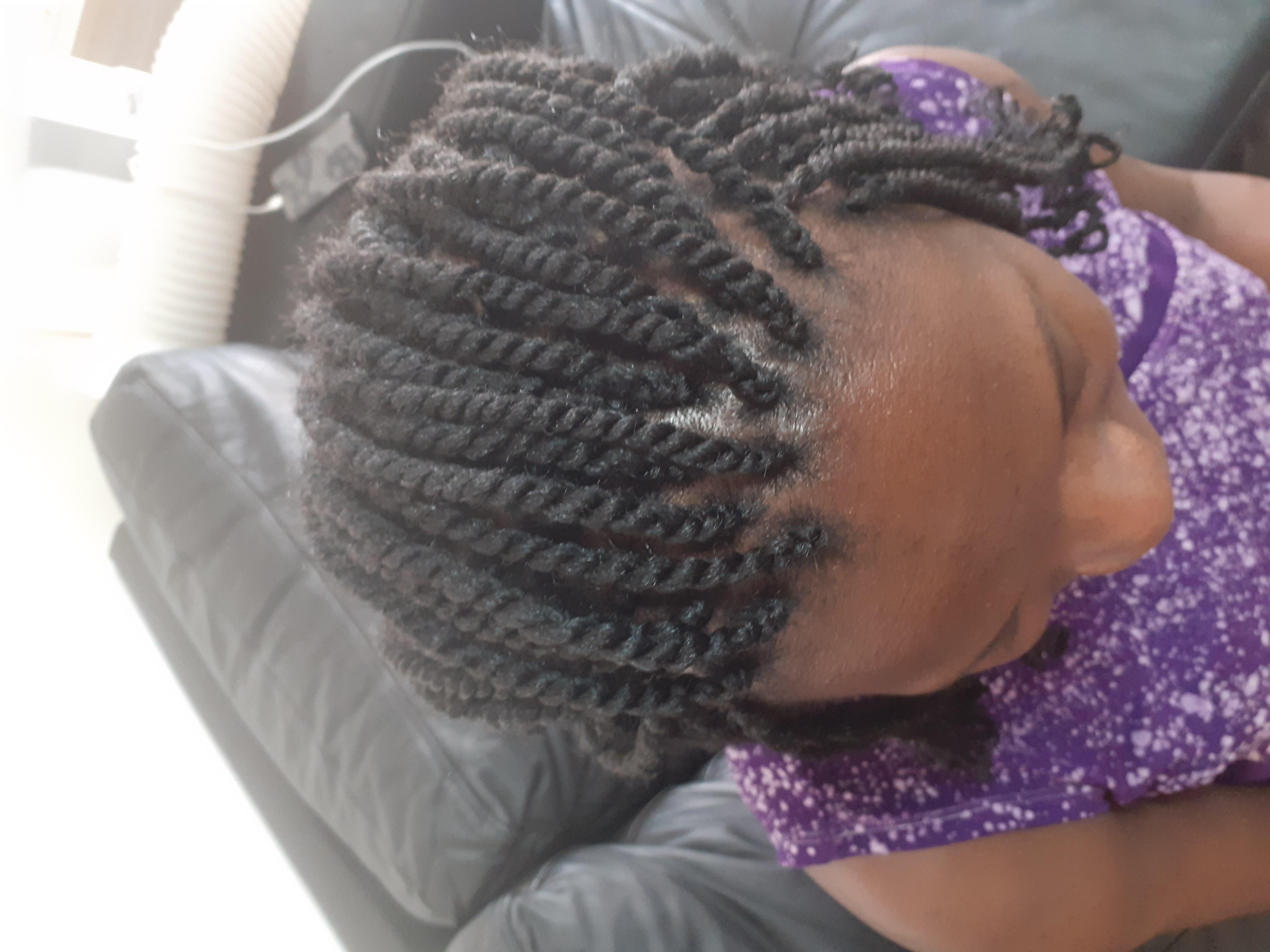 salon de coiffure afro tresse tresses box braids crochet braids vanilles tissages paris 75 77 78 91 92 93 94 95 PMDAQUSK