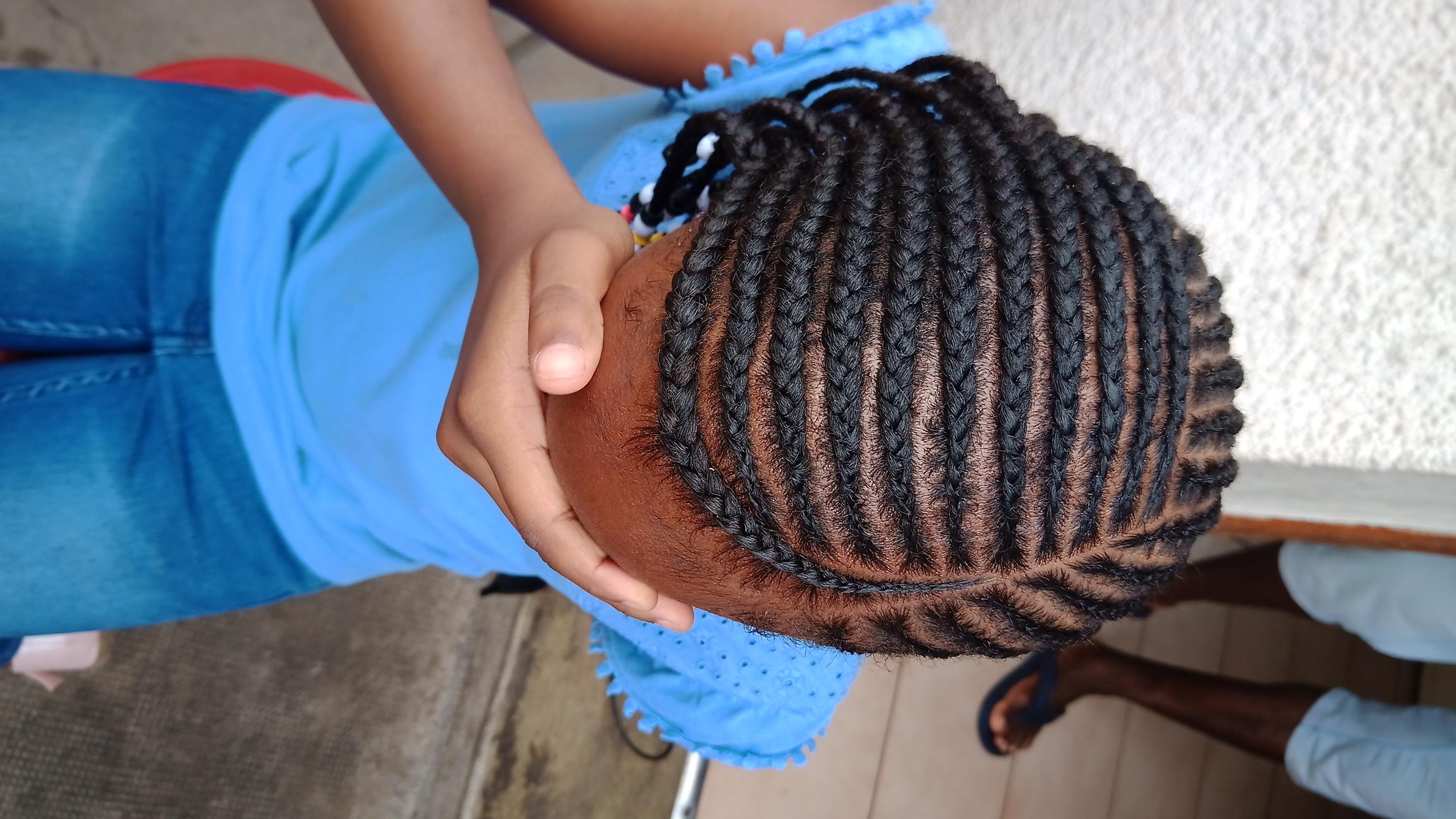 salon de coiffure afro tresse tresses box braids crochet braids vanilles tissages paris 75 77 78 91 92 93 94 95 EFEDVWND