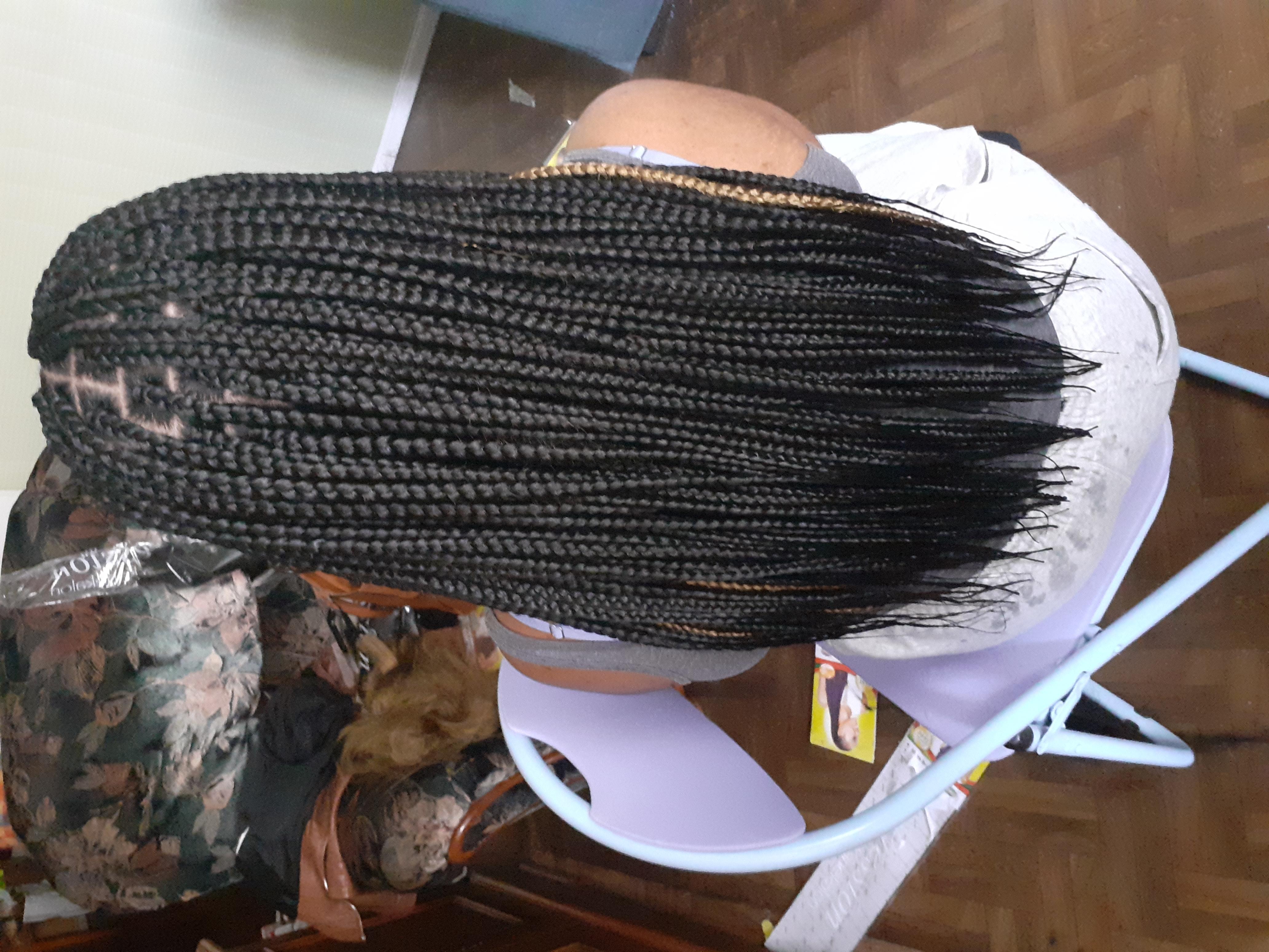 salon de coiffure afro tresse tresses box braids crochet braids vanilles tissages paris 75 77 78 91 92 93 94 95 DKESNEQN