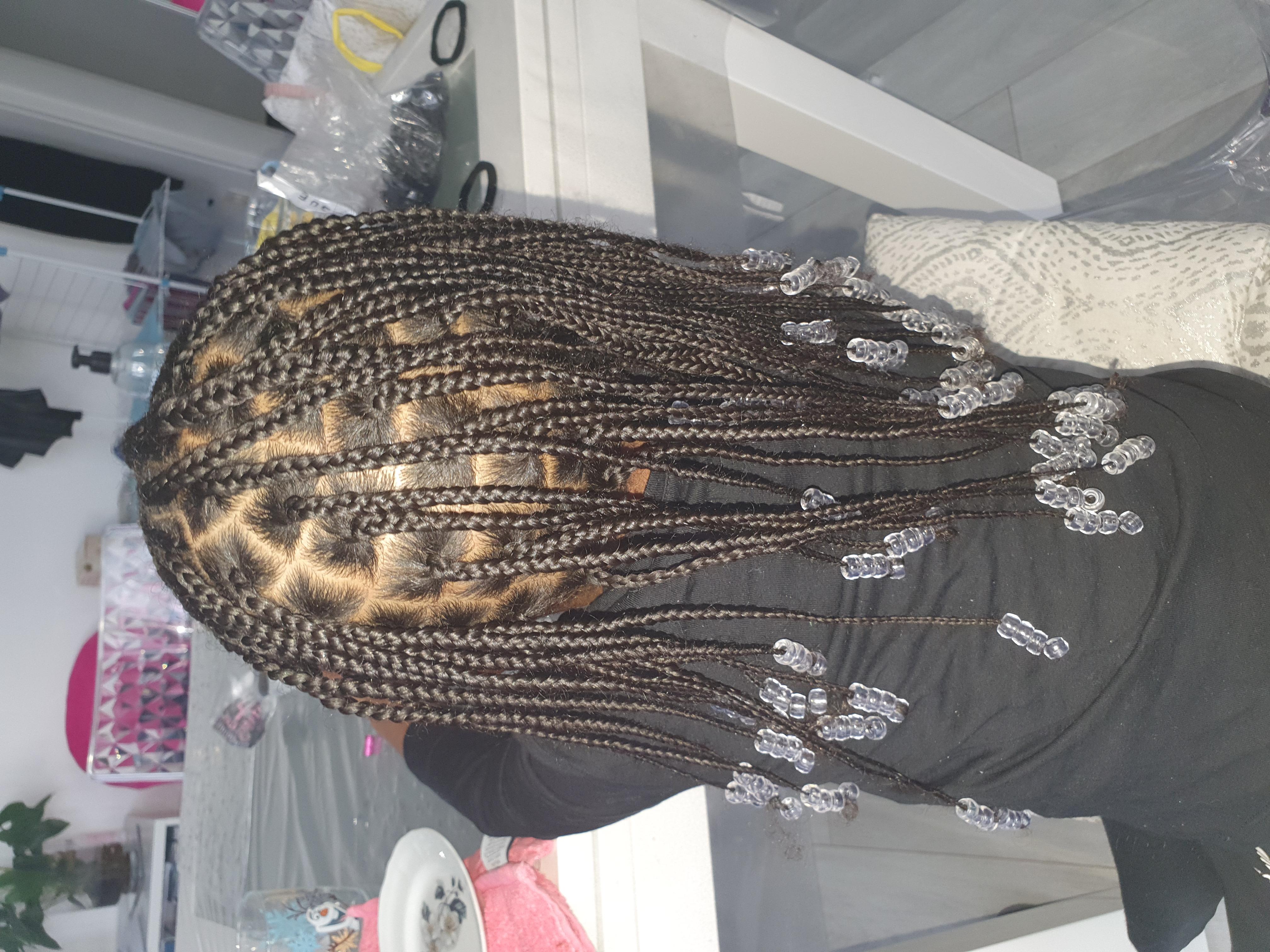 salon de coiffure afro tresse tresses box braids crochet braids vanilles tissages paris 75 77 78 91 92 93 94 95 NLEUGVMO