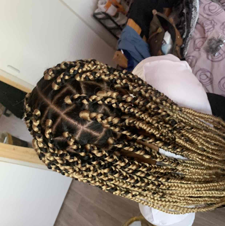 salon de coiffure afro tresse tresses box braids crochet braids vanilles tissages paris 75 77 78 91 92 93 94 95 TJGZYRVB