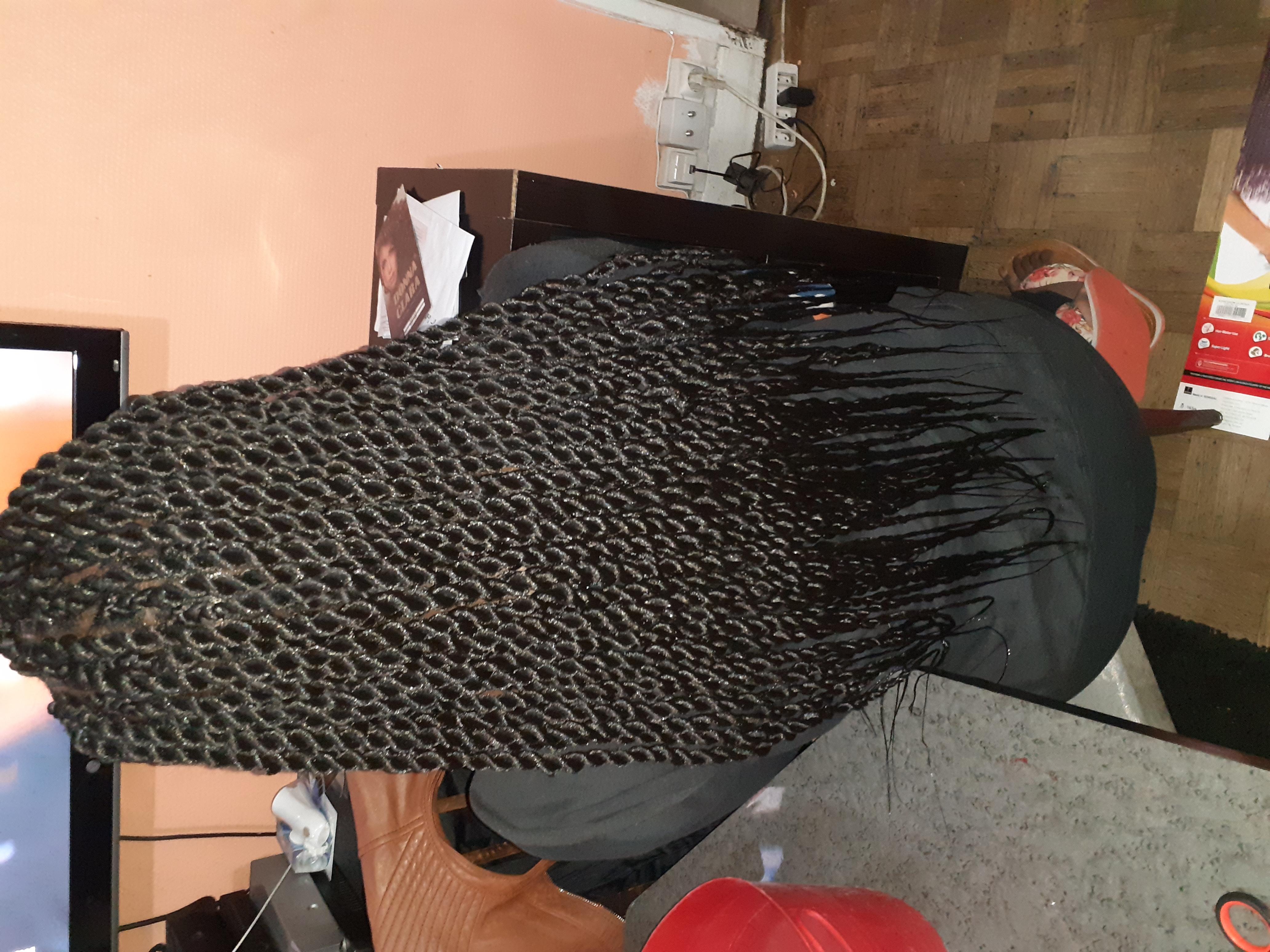 salon de coiffure afro tresse tresses box braids crochet braids vanilles tissages paris 75 77 78 91 92 93 94 95 VQHDFRDI