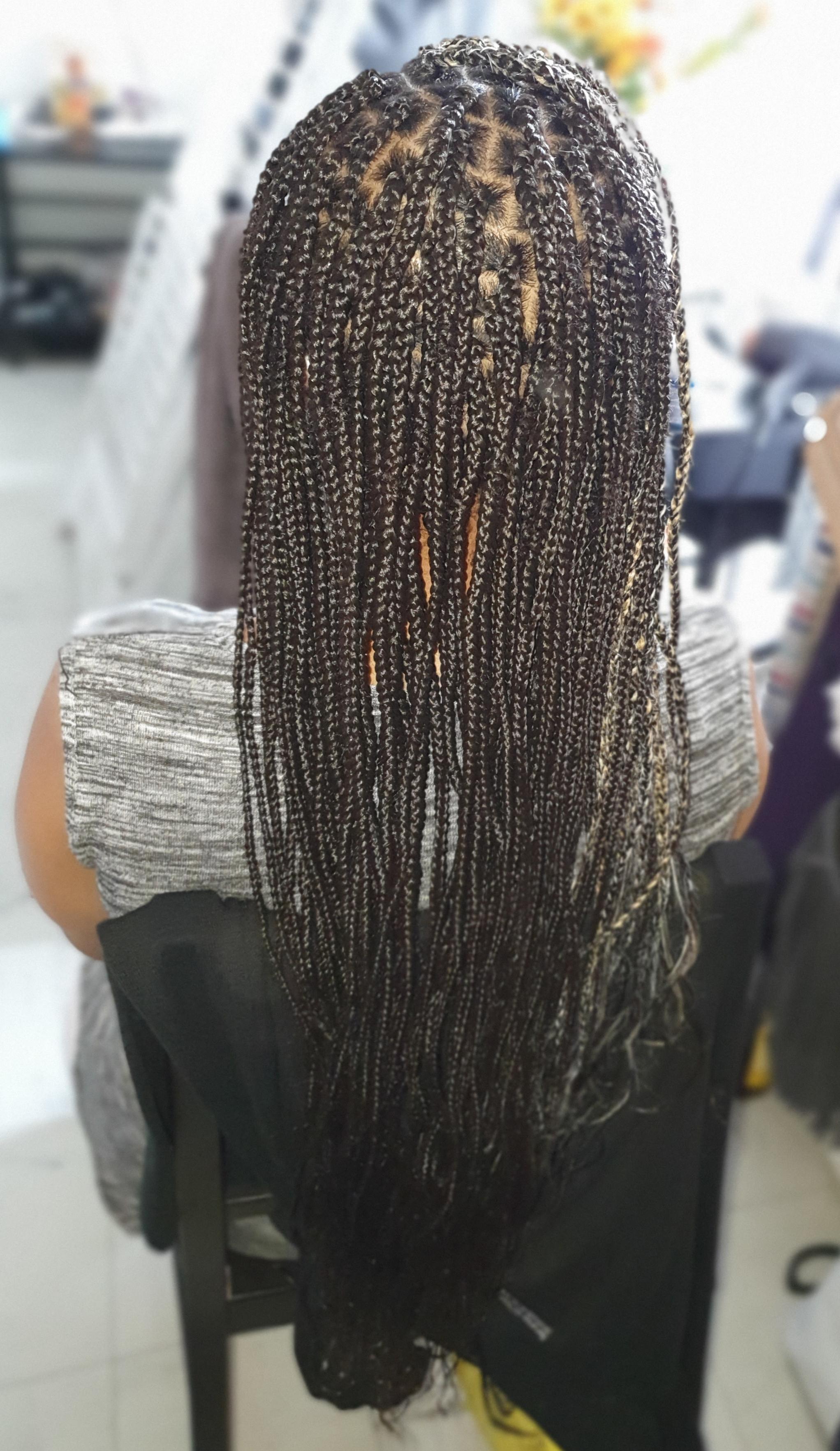 salon de coiffure afro tresse tresses box braids crochet braids vanilles tissages paris 75 77 78 91 92 93 94 95 APXSGSMF