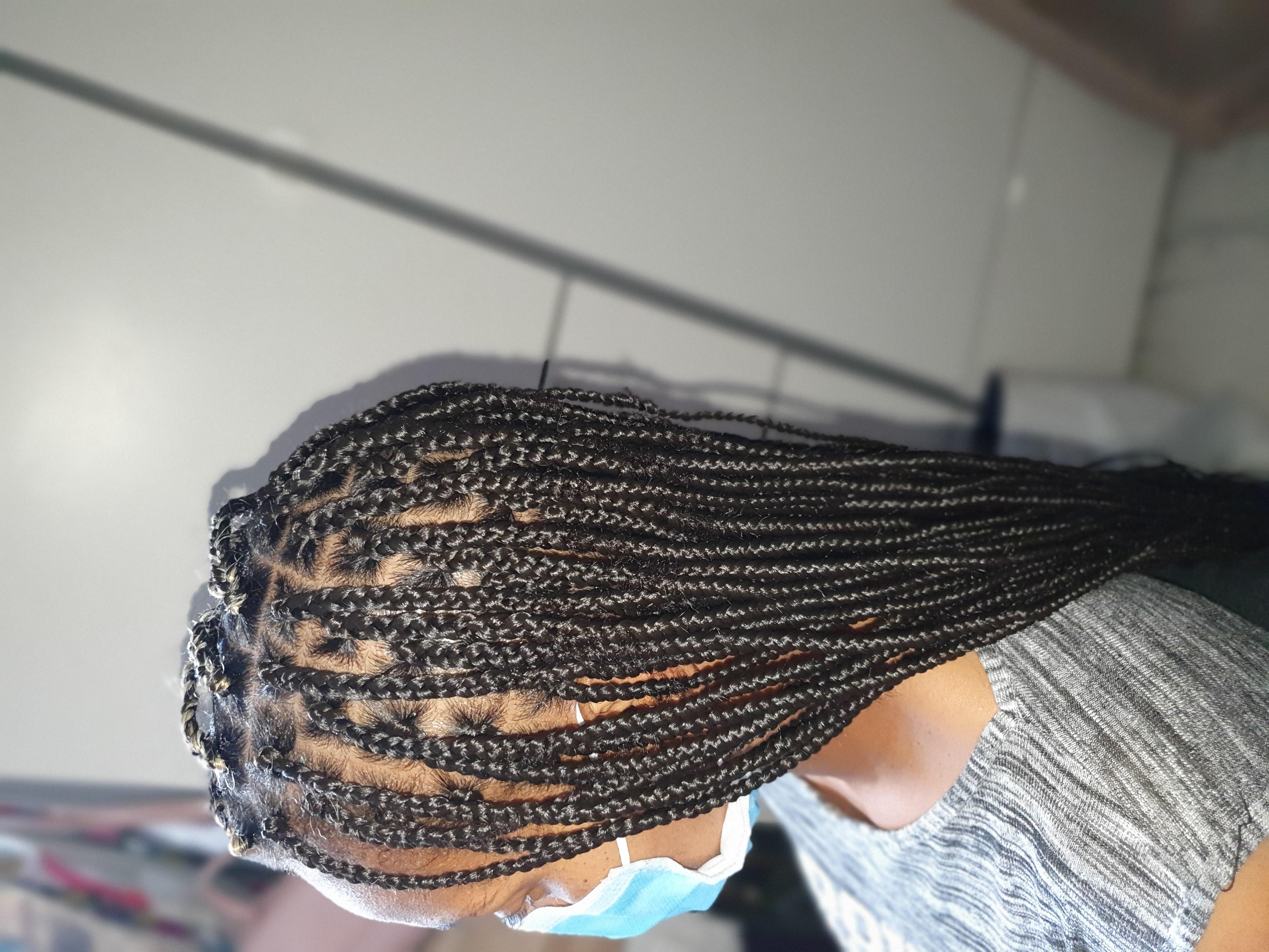 salon de coiffure afro tresse tresses box braids crochet braids vanilles tissages paris 75 77 78 91 92 93 94 95 GZYZKRPX