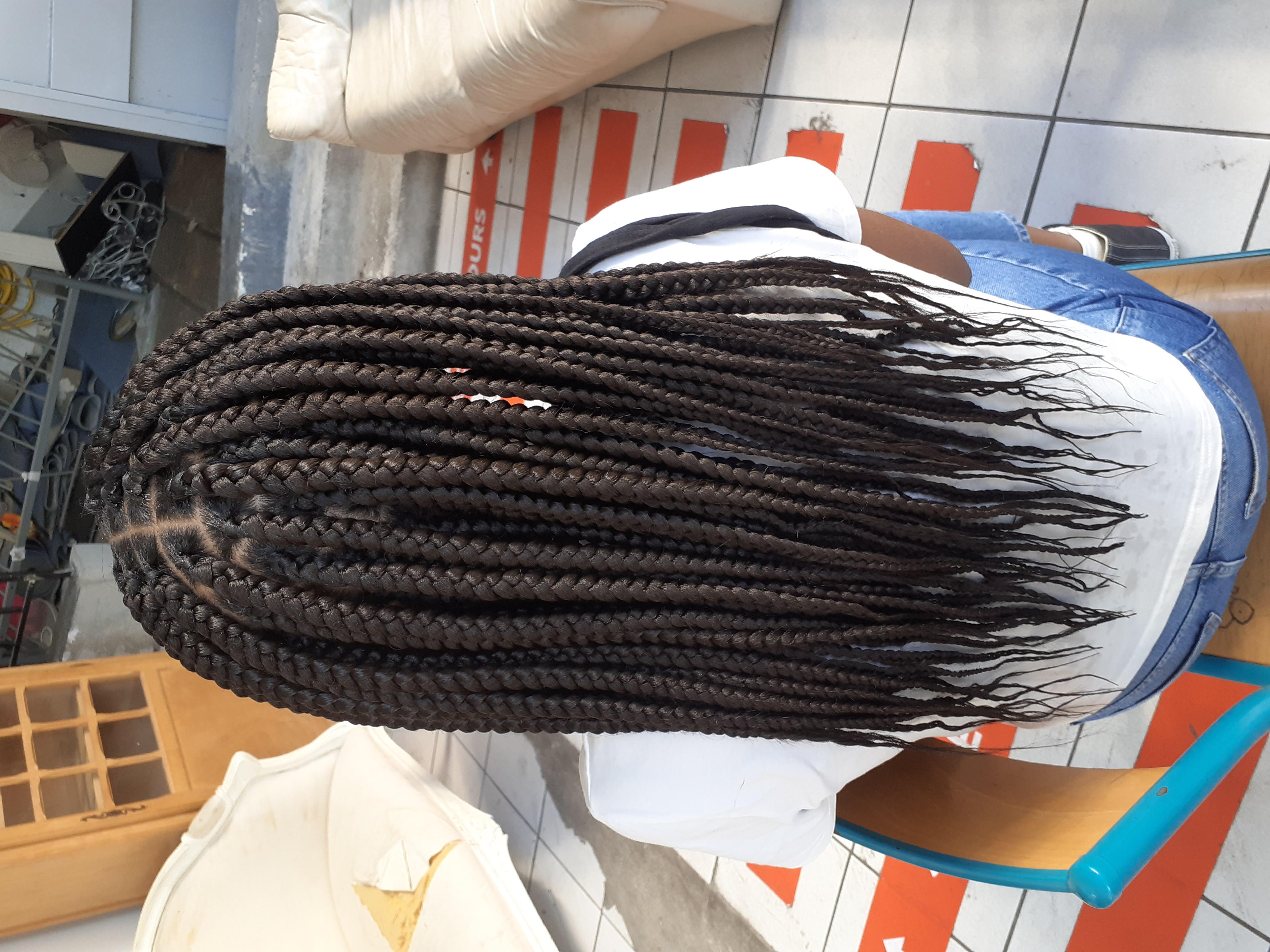 salon de coiffure afro tresse tresses box braids crochet braids vanilles tissages paris 75 77 78 91 92 93 94 95 AKXVOJSK