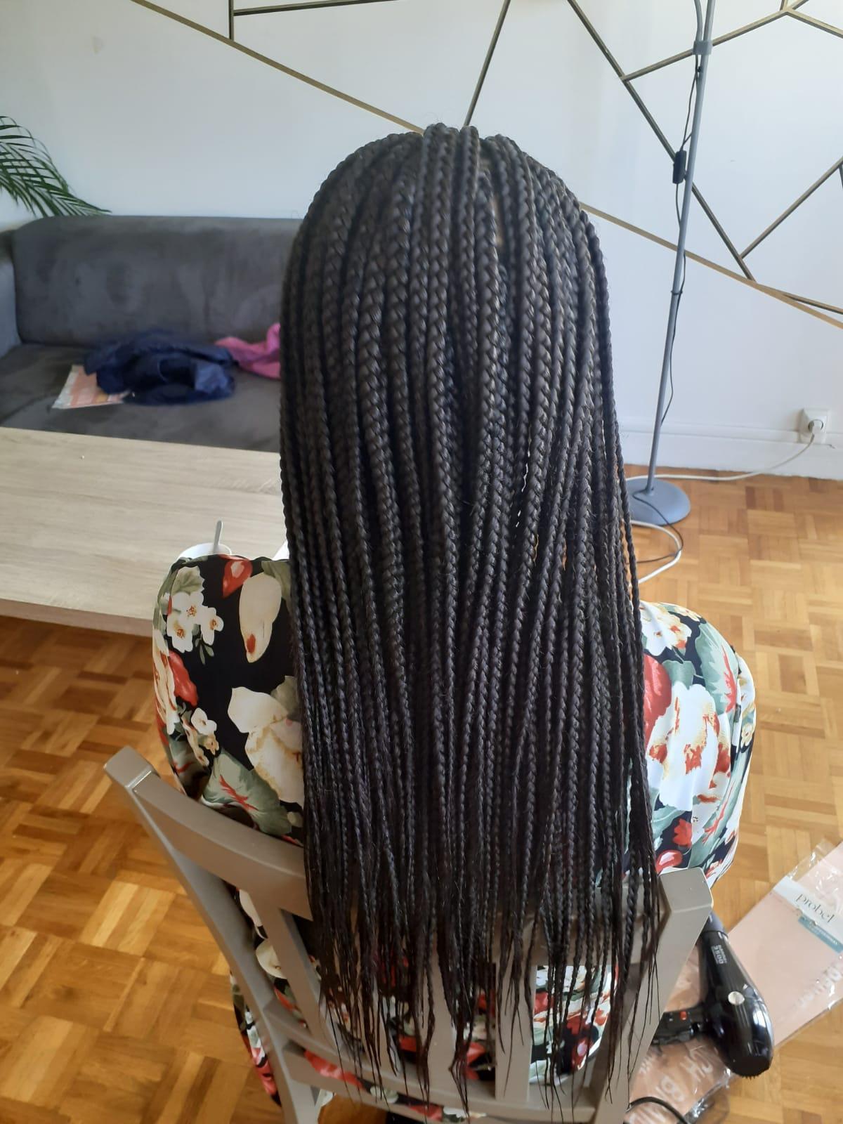 salon de coiffure afro tresse tresses box braids crochet braids vanilles tissages paris 75 77 78 91 92 93 94 95 UYEQMGEO