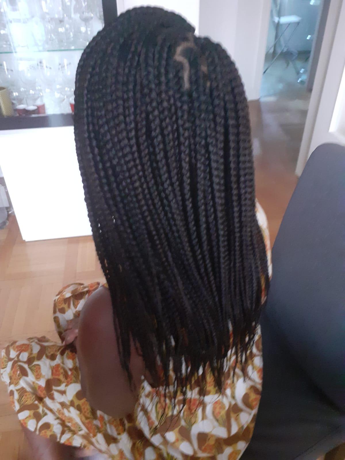 salon de coiffure afro tresse tresses box braids crochet braids vanilles tissages paris 75 77 78 91 92 93 94 95 CVINOGBY