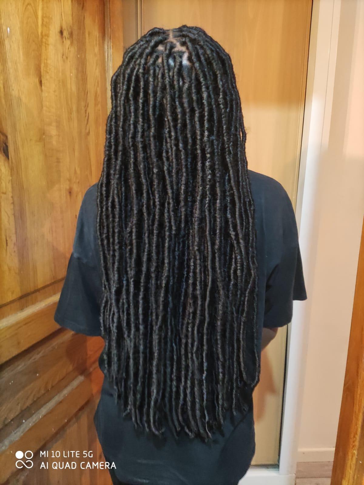 salon de coiffure afro tresse tresses box braids crochet braids vanilles tissages paris 75 77 78 91 92 93 94 95 MHFNYMNN