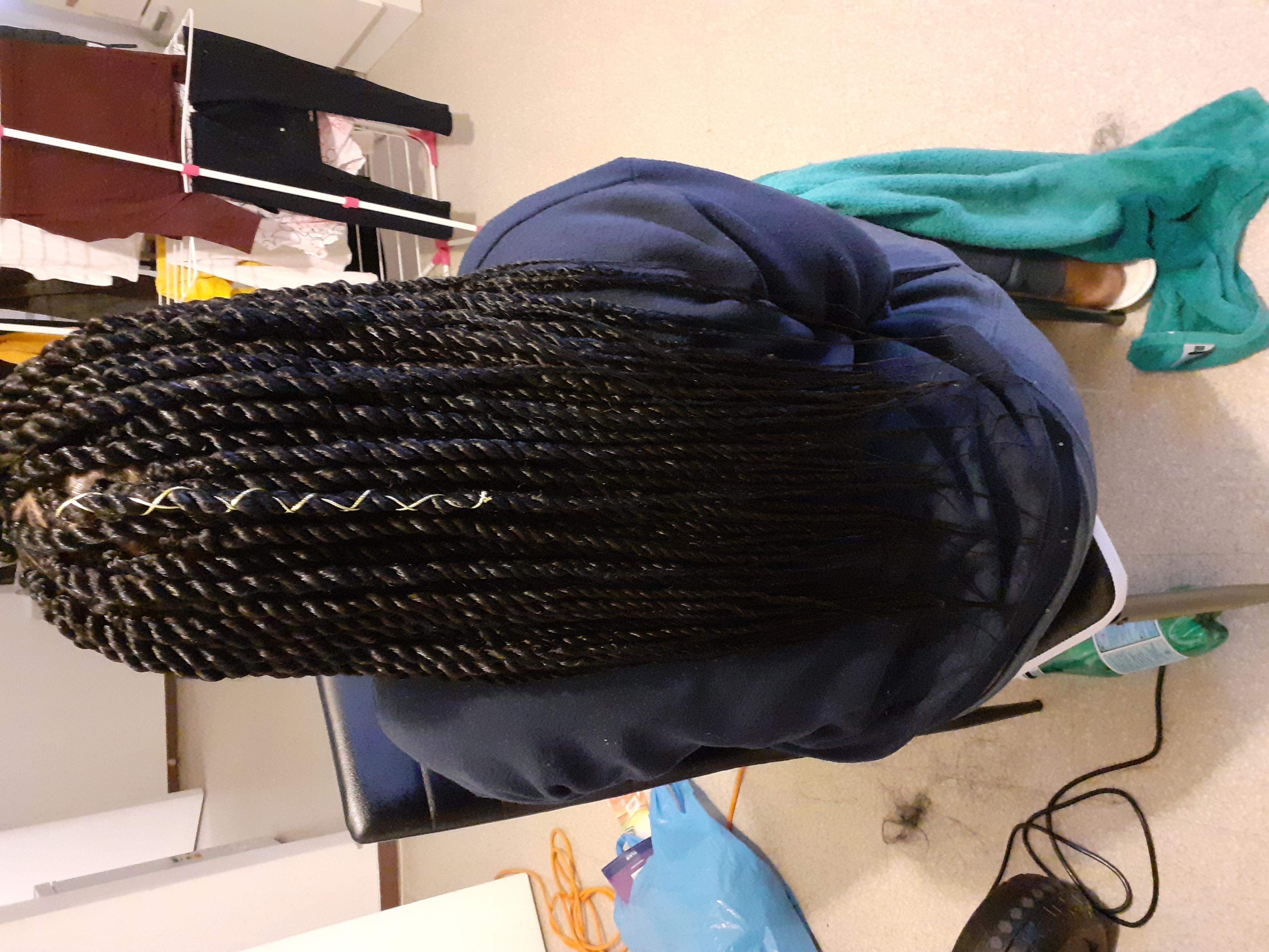salon de coiffure afro tresse tresses box braids crochet braids vanilles tissages paris 75 77 78 91 92 93 94 95 NMSAYRGO