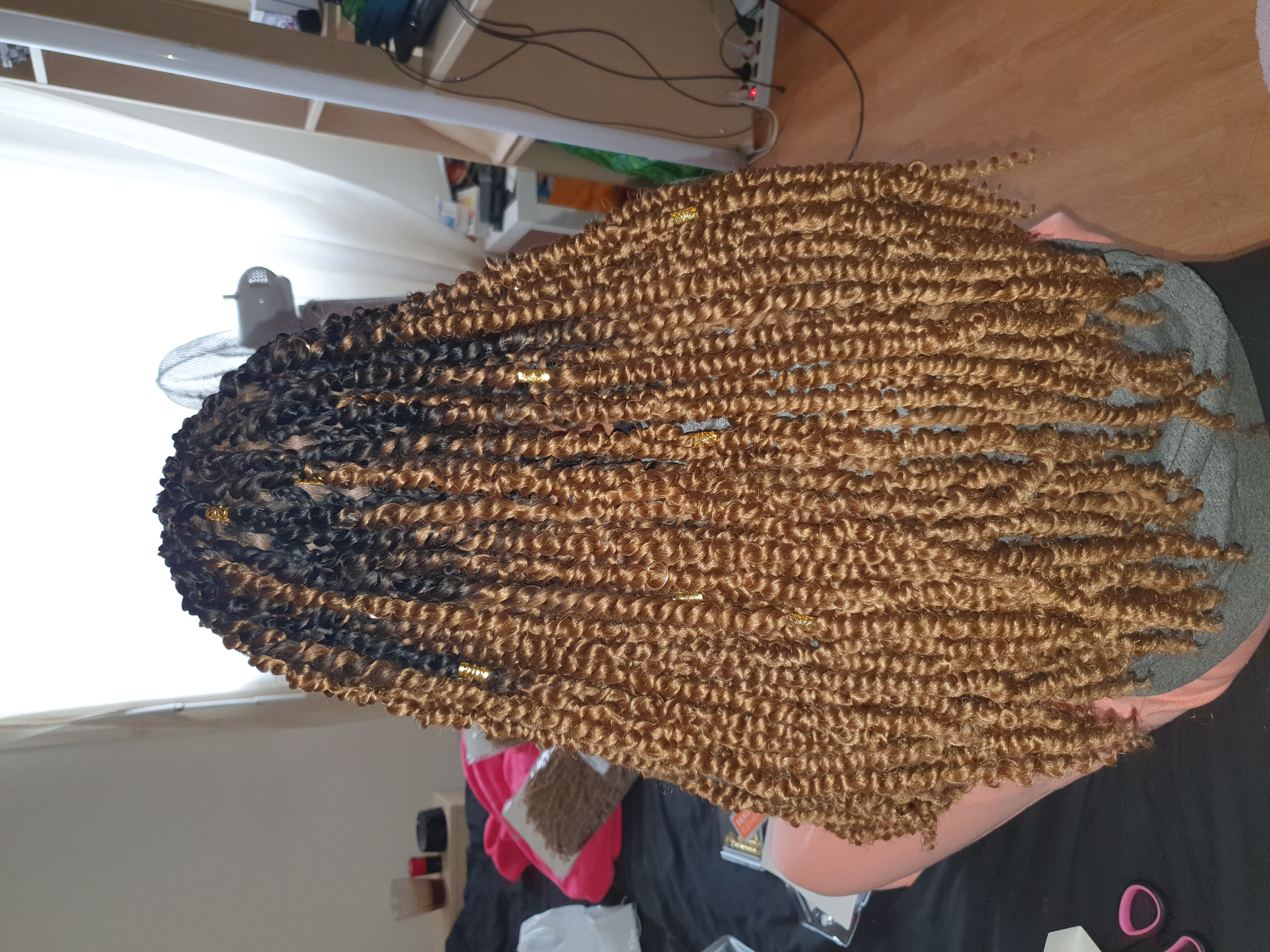 salon de coiffure afro tresse tresses box braids crochet braids vanilles tissages paris 75 77 78 91 92 93 94 95 AHVVOOKS