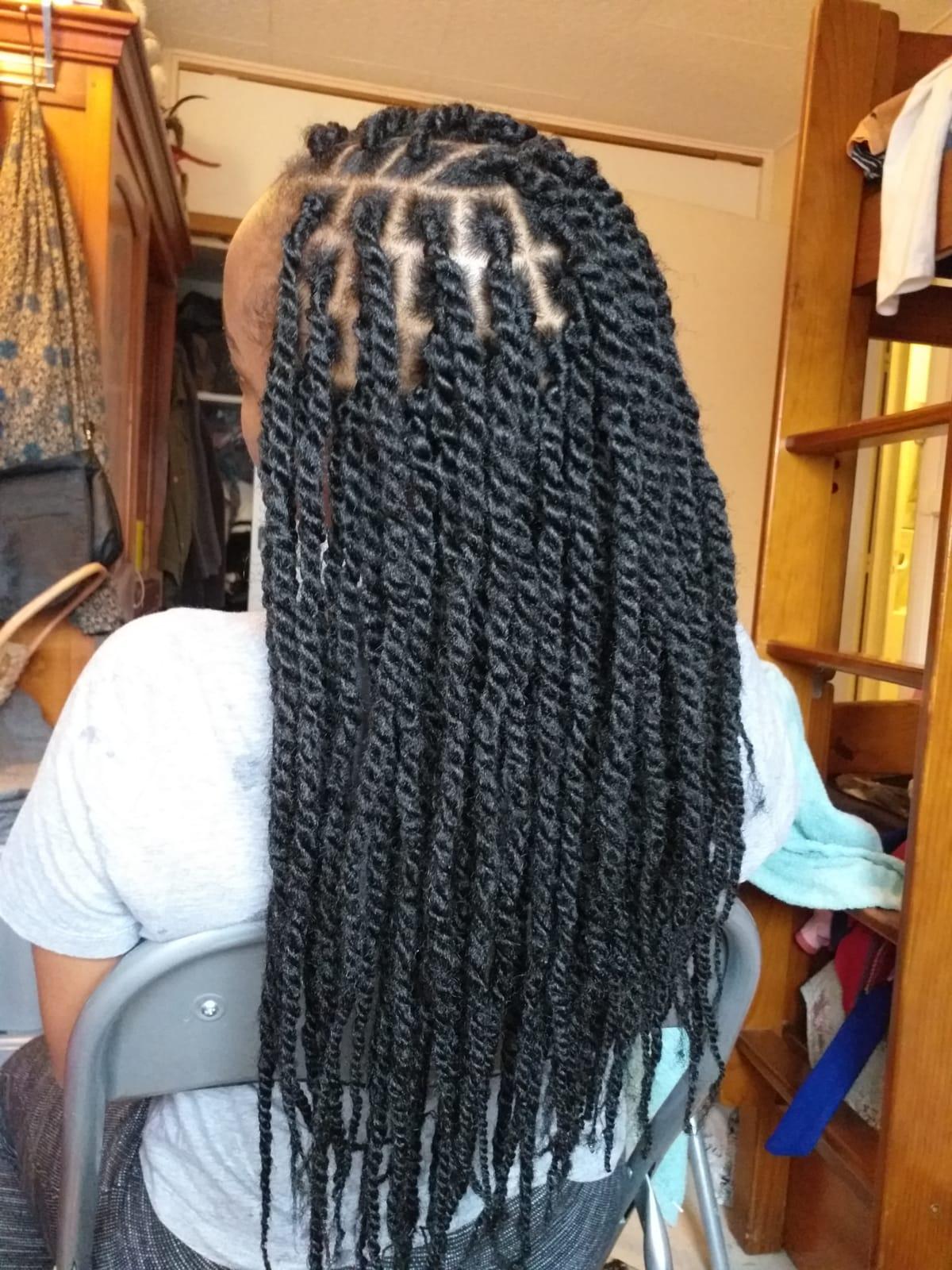 salon de coiffure afro tresse tresses box braids crochet braids vanilles tissages paris 75 77 78 91 92 93 94 95 BJVREQFI