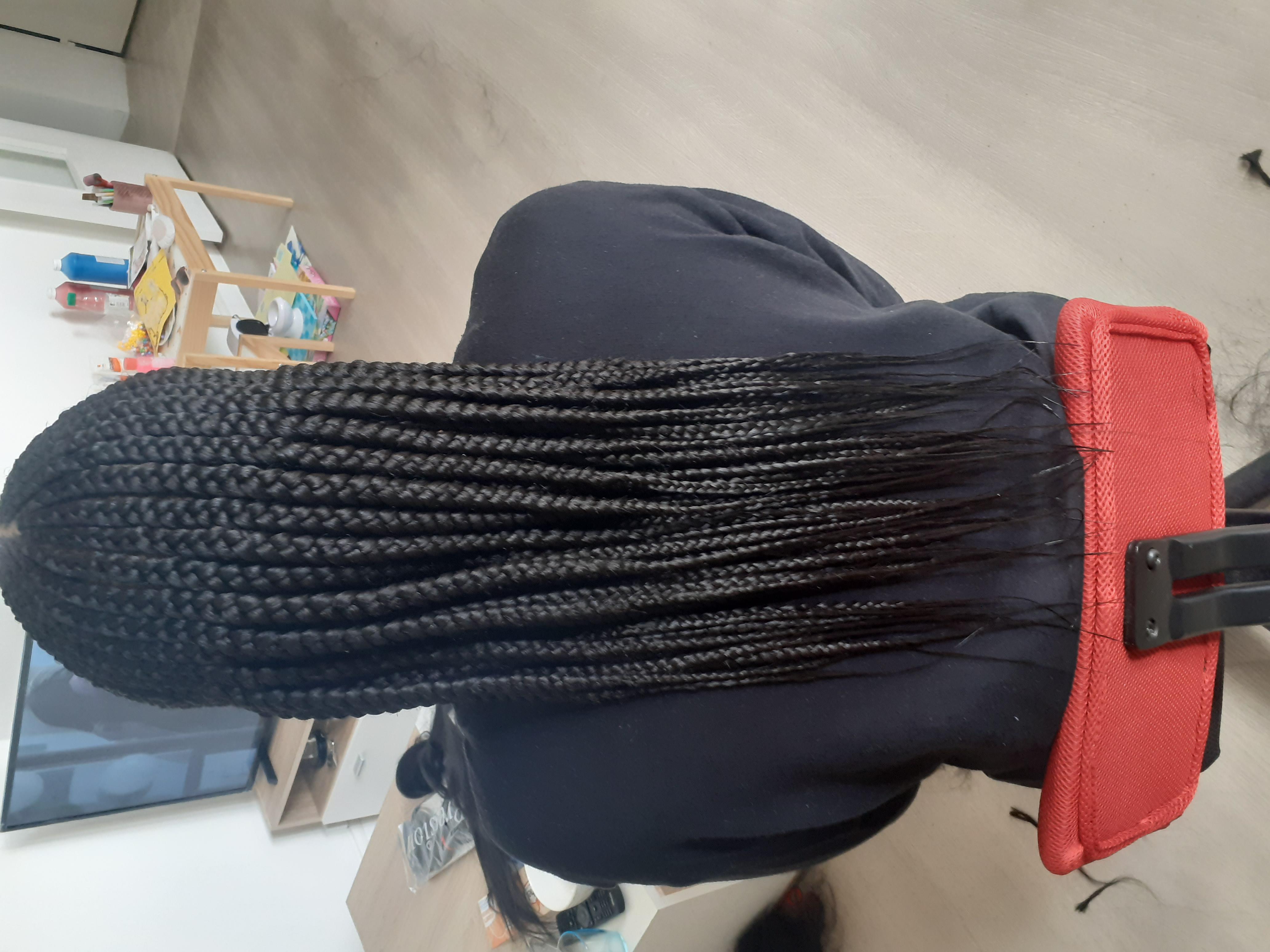 salon de coiffure afro tresse tresses box braids crochet braids vanilles tissages paris 75 77 78 91 92 93 94 95 TUJXWAKT