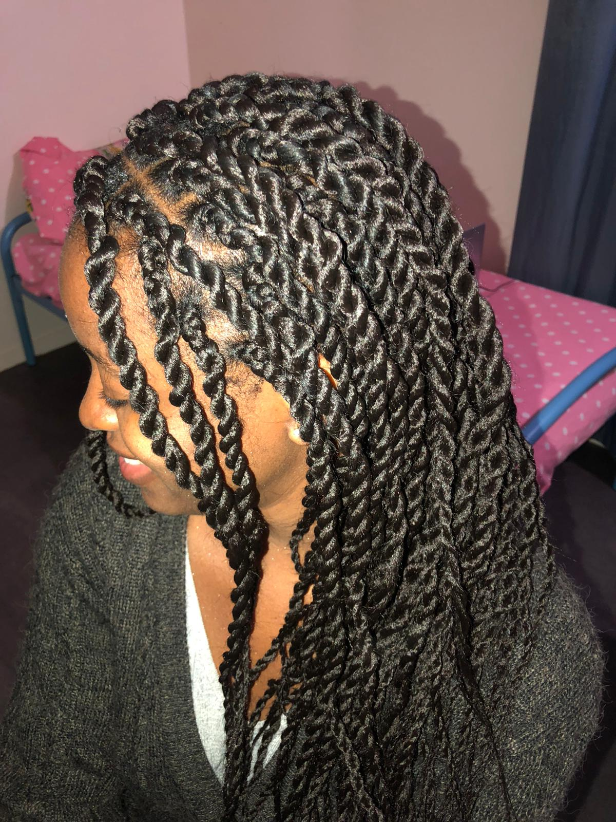 salon de coiffure afro tresse tresses box braids crochet braids vanilles tissages paris 75 77 78 91 92 93 94 95 FNKEUDGJ
