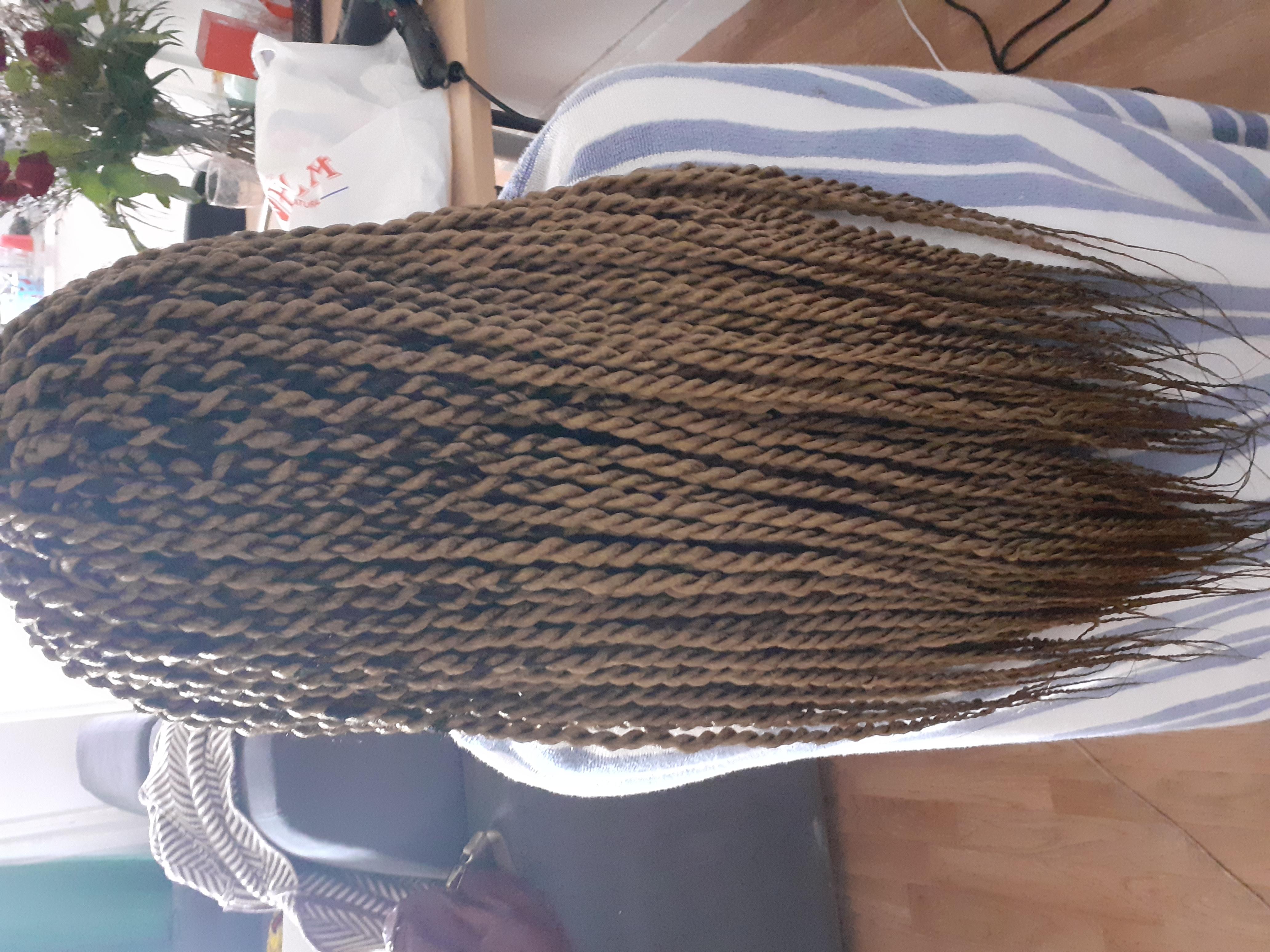 salon de coiffure afro tresse tresses box braids crochet braids vanilles tissages paris 75 77 78 91 92 93 94 95 PJQTGKYD