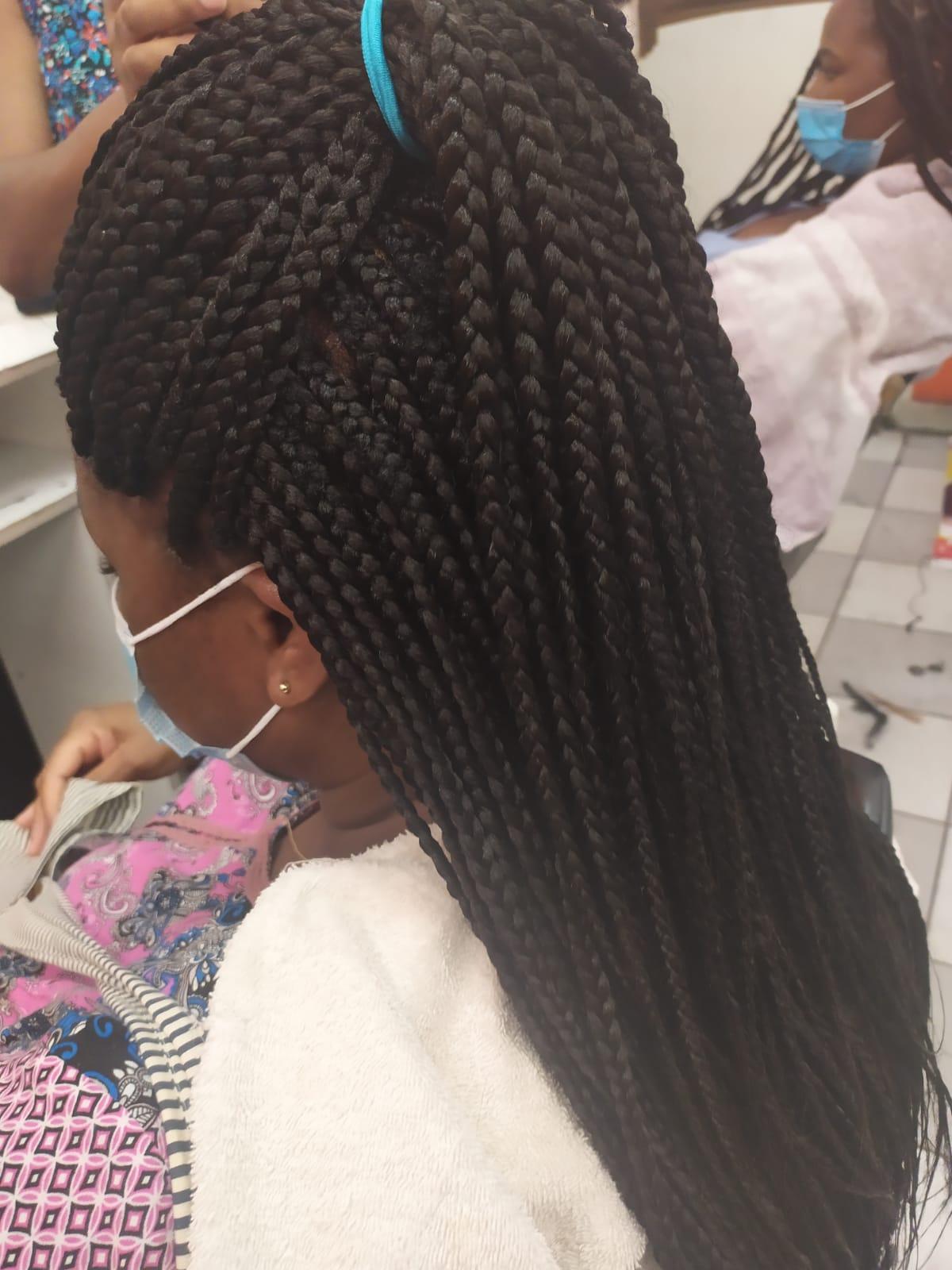 salon de coiffure afro tresse tresses box braids crochet braids vanilles tissages paris 75 77 78 91 92 93 94 95 QFQQYKSE
