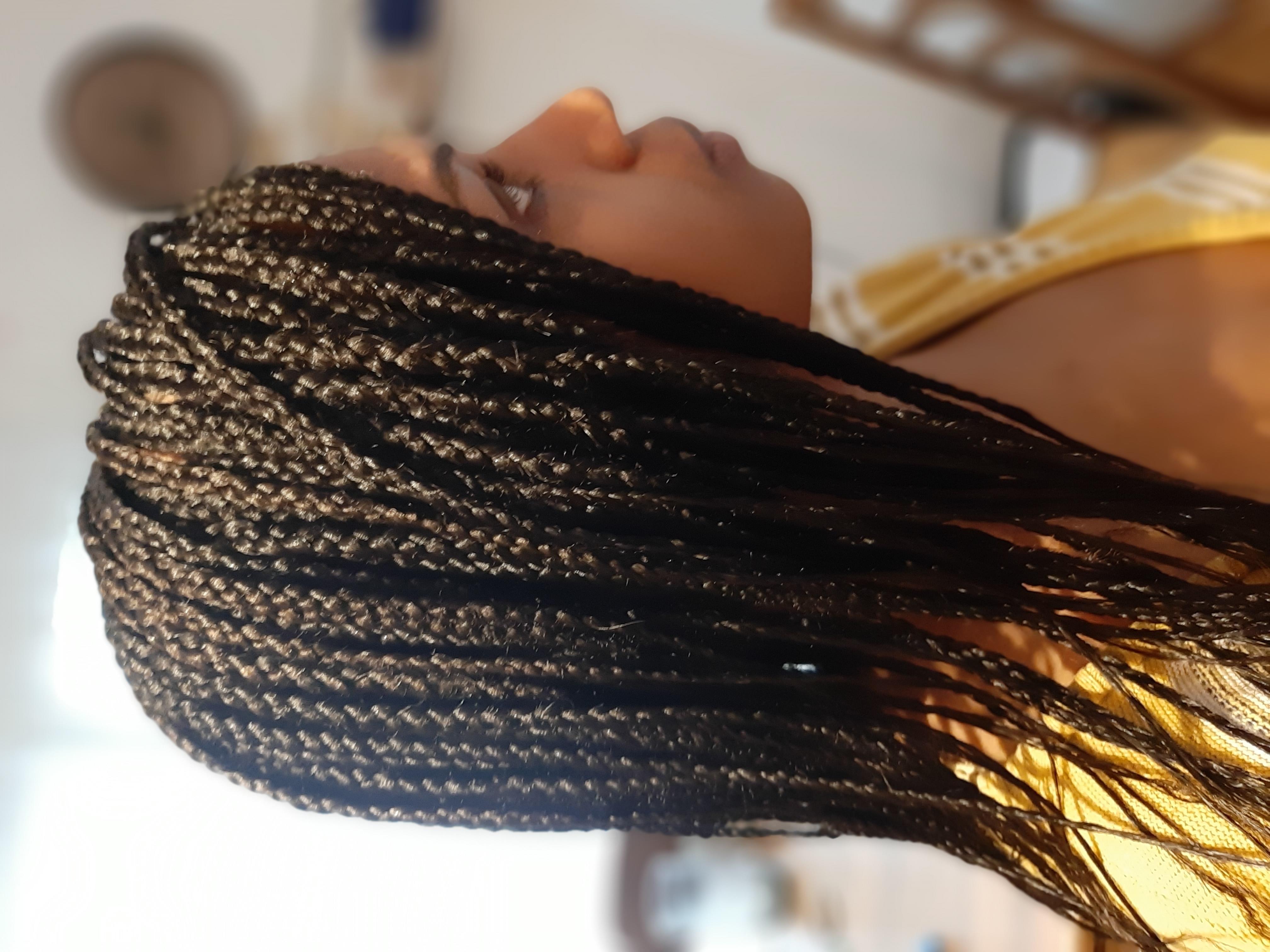 salon de coiffure afro tresse tresses box braids crochet braids vanilles tissages paris 75 77 78 91 92 93 94 95 MSTKZLJF