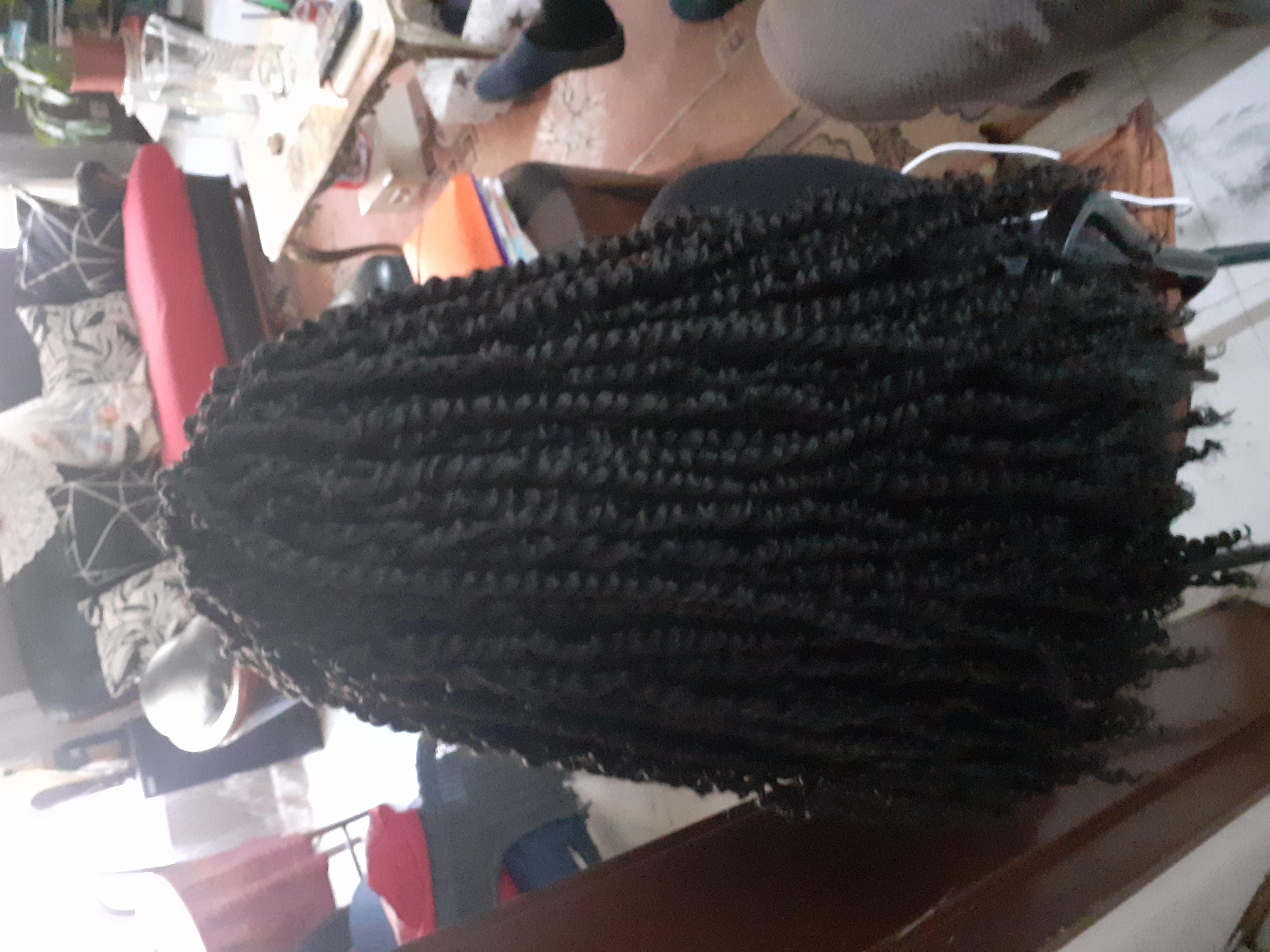salon de coiffure afro tresse tresses box braids crochet braids vanilles tissages paris 75 77 78 91 92 93 94 95 MECAONPF