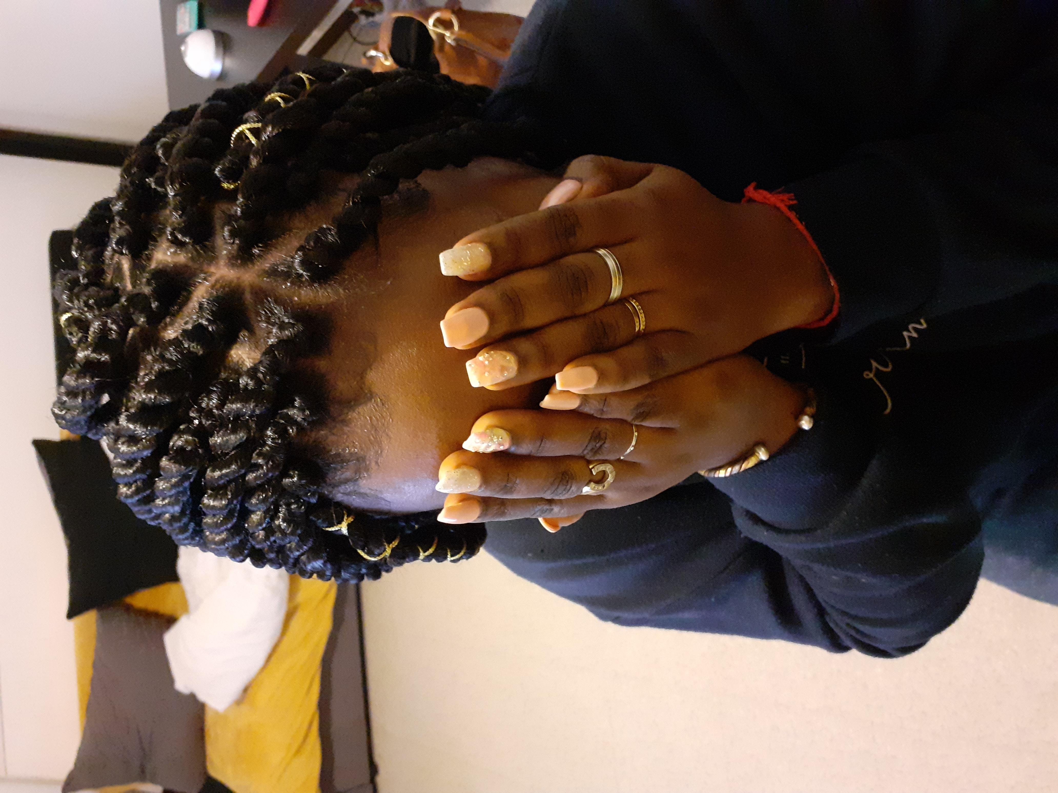 salon de coiffure afro tresse tresses box braids crochet braids vanilles tissages paris 75 77 78 91 92 93 94 95 MKPNUAEV