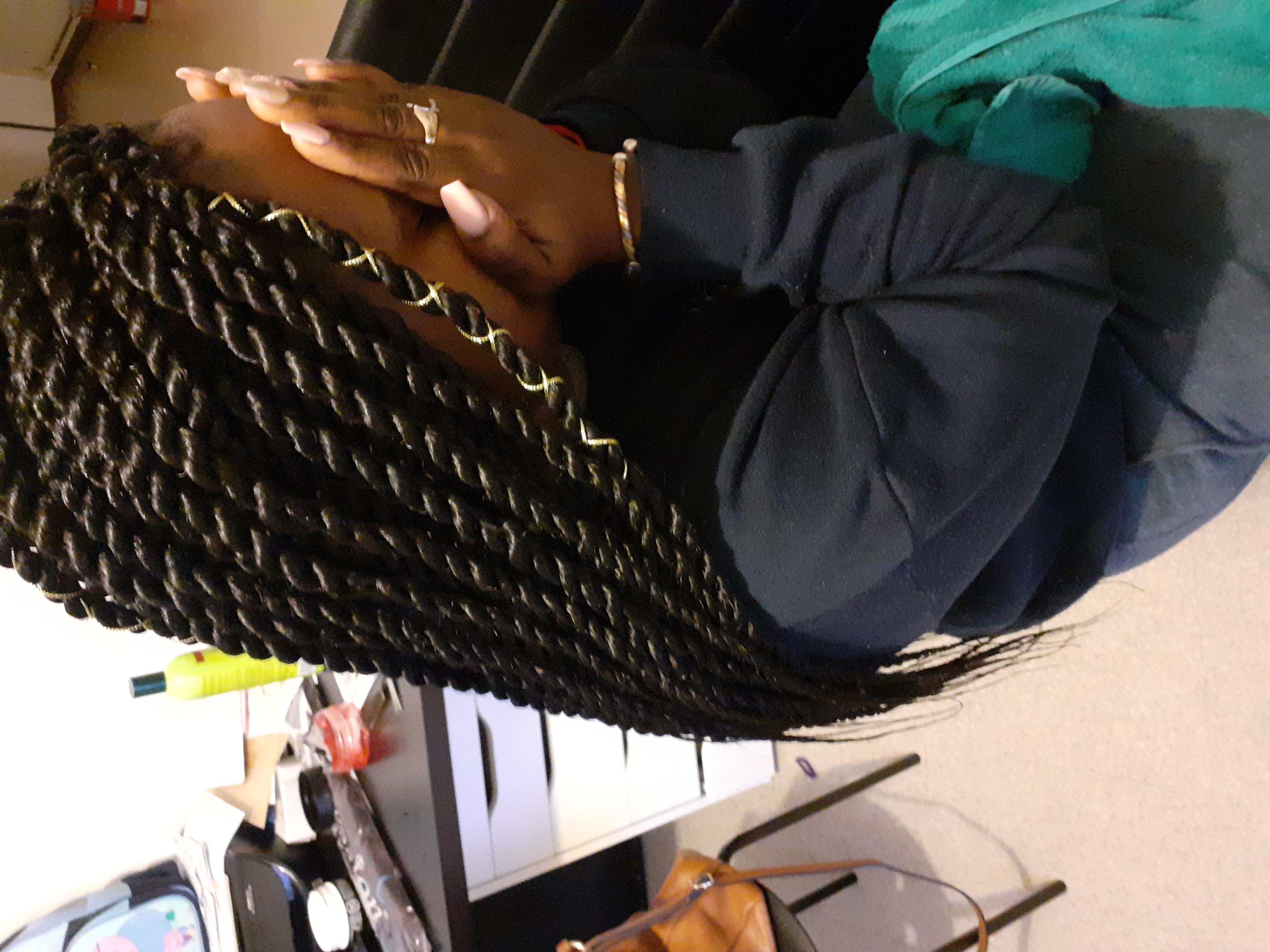 salon de coiffure afro tresse tresses box braids crochet braids vanilles tissages paris 75 77 78 91 92 93 94 95 DMIBELFF