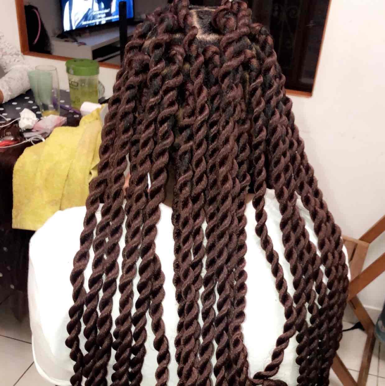 salon de coiffure afro tresse tresses box braids crochet braids vanilles tissages paris 75 77 78 91 92 93 94 95 TLTWFFWK