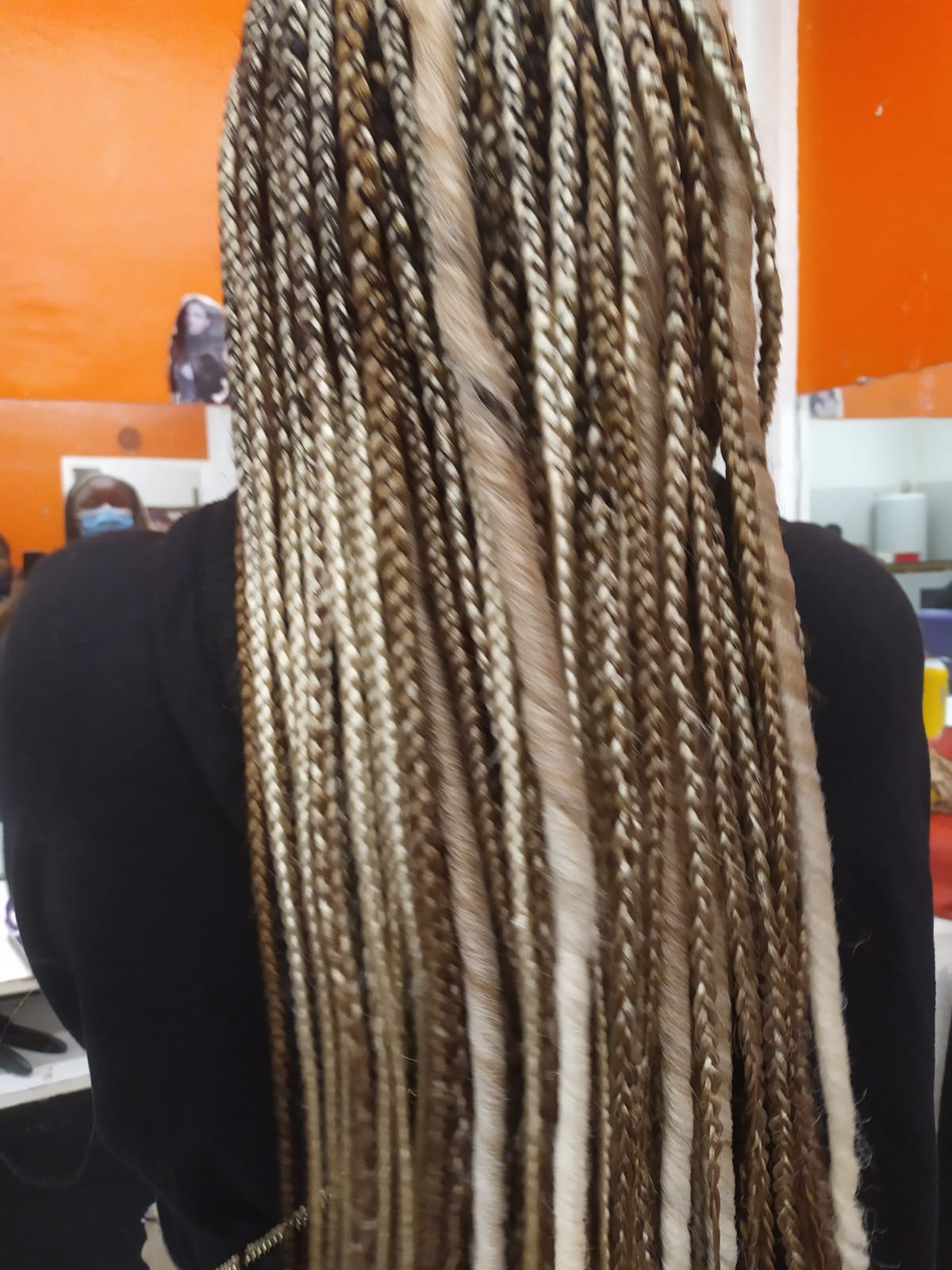 salon de coiffure afro tresse tresses box braids crochet braids vanilles tissages paris 75 77 78 91 92 93 94 95 VXLKUGMG