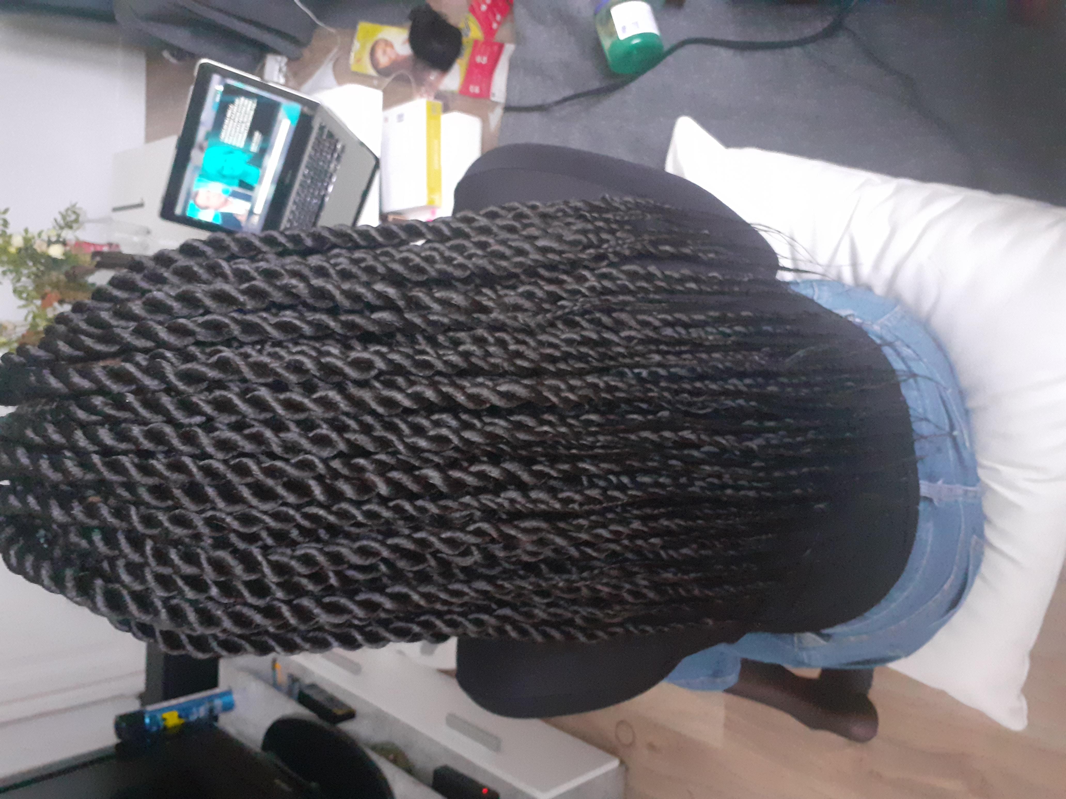 salon de coiffure afro tresse tresses box braids crochet braids vanilles tissages paris 75 77 78 91 92 93 94 95 HTHYKLMV