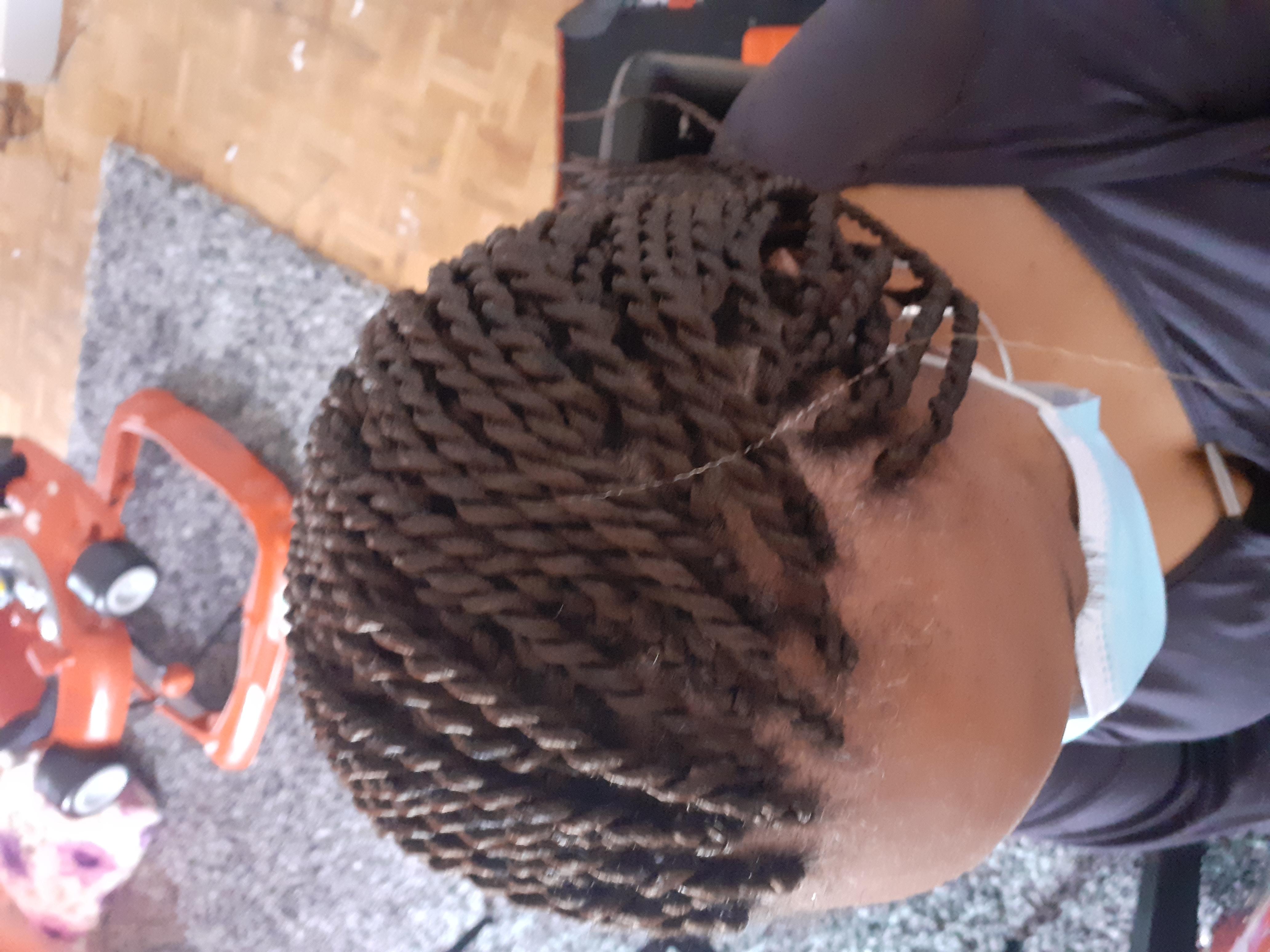salon de coiffure afro tresse tresses box braids crochet braids vanilles tissages paris 75 77 78 91 92 93 94 95 MIPQJTXT