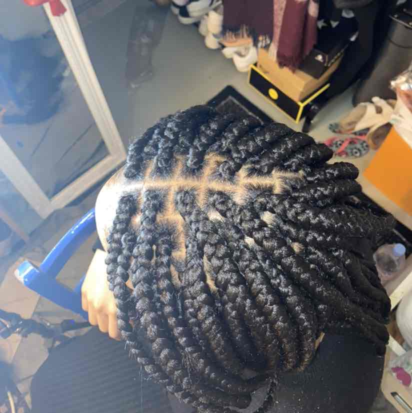 salon de coiffure afro tresse tresses box braids crochet braids vanilles tissages paris 75 77 78 91 92 93 94 95 IRKSTLHM