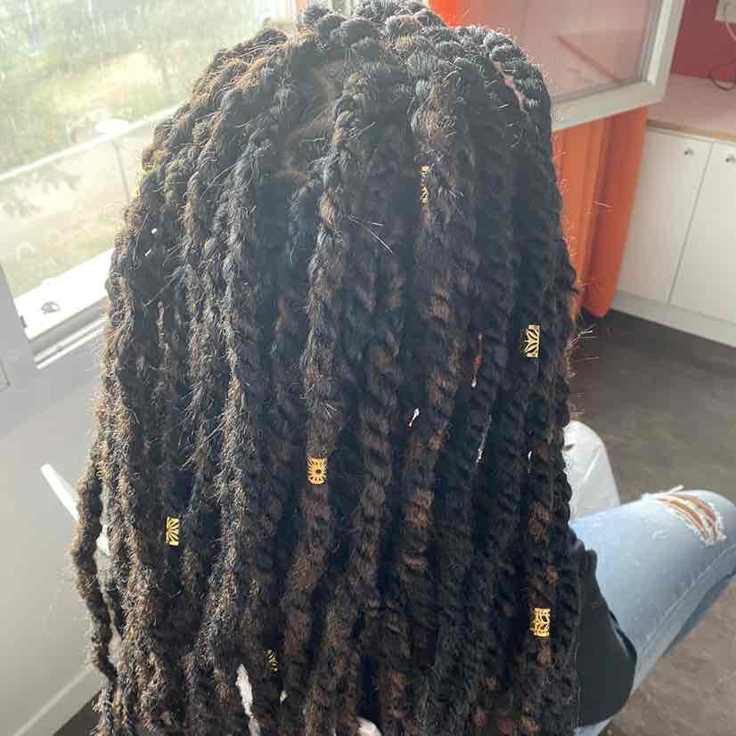 salon de coiffure afro tresse tresses box braids crochet braids vanilles tissages paris 75 77 78 91 92 93 94 95 VCMOUDCN
