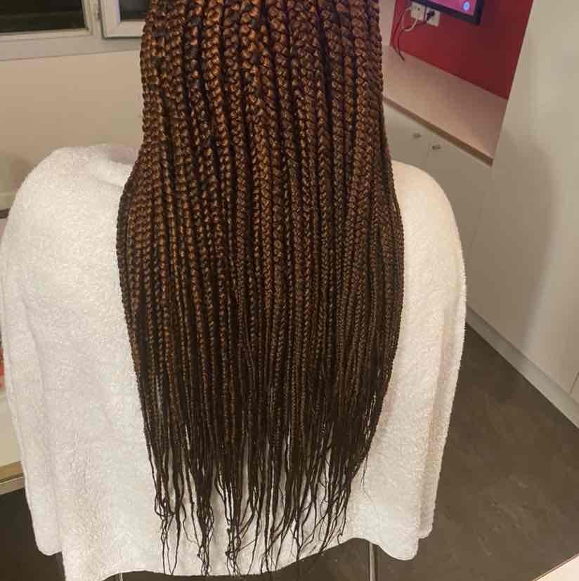 salon de coiffure afro tresse tresses box braids crochet braids vanilles tissages paris 75 77 78 91 92 93 94 95 GJTFBPRL